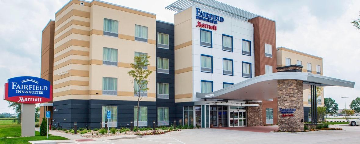 Außenansicht des Fairfield Inn & Suites