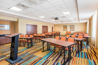 Fairfield Inn & Suites Vitality Meeting Room