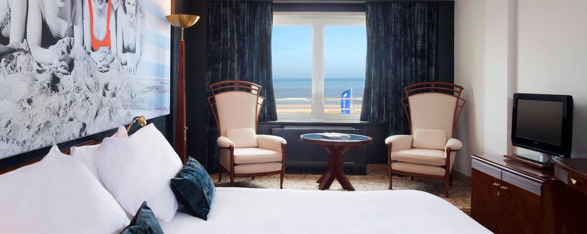 Hotel van Oranje, chambre avec lit king size, vue mer
