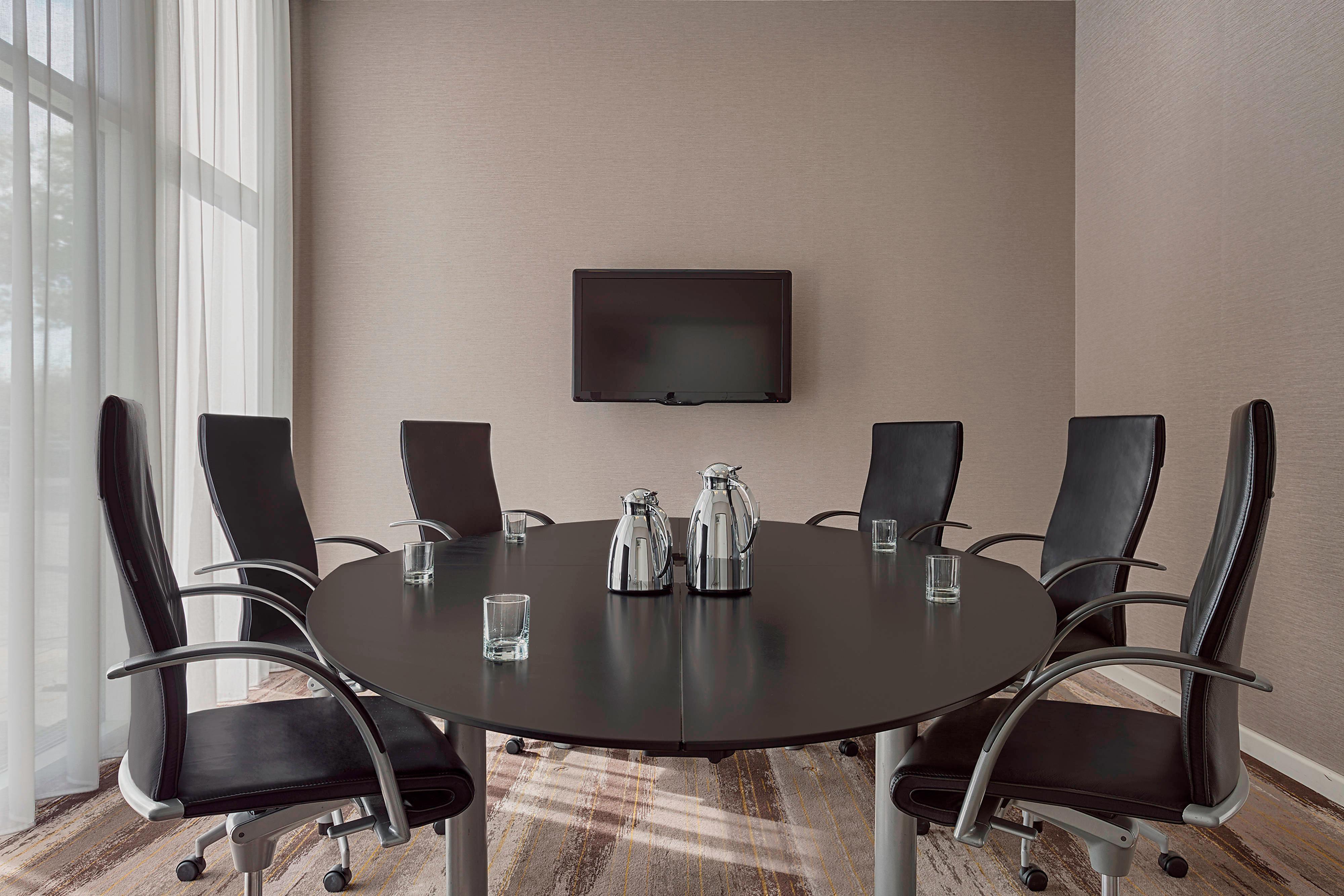Mars Fixed Boardroom