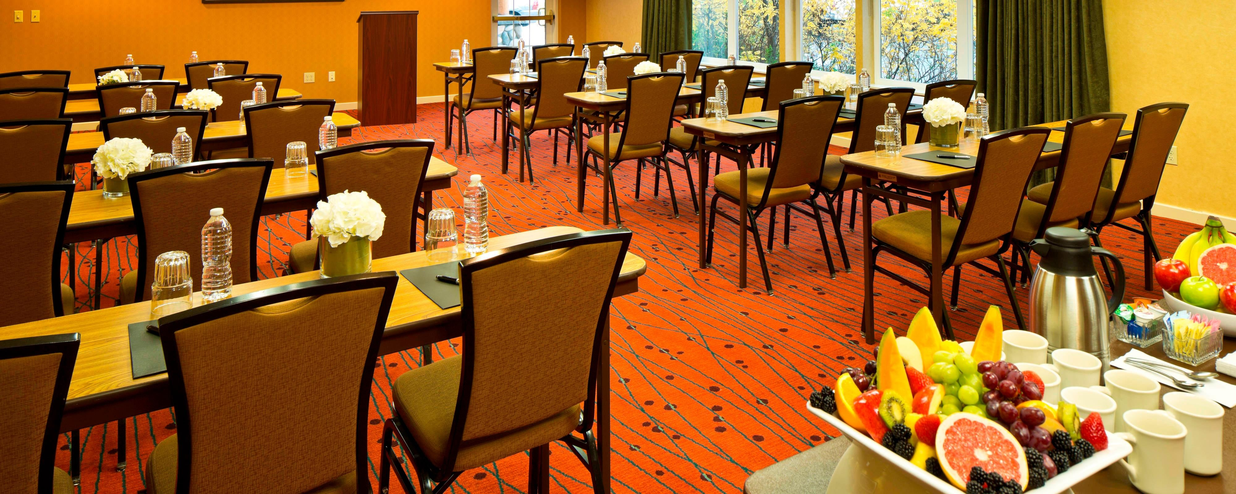 Residence Inn small meeting room by BP in Anchorage, Alaska