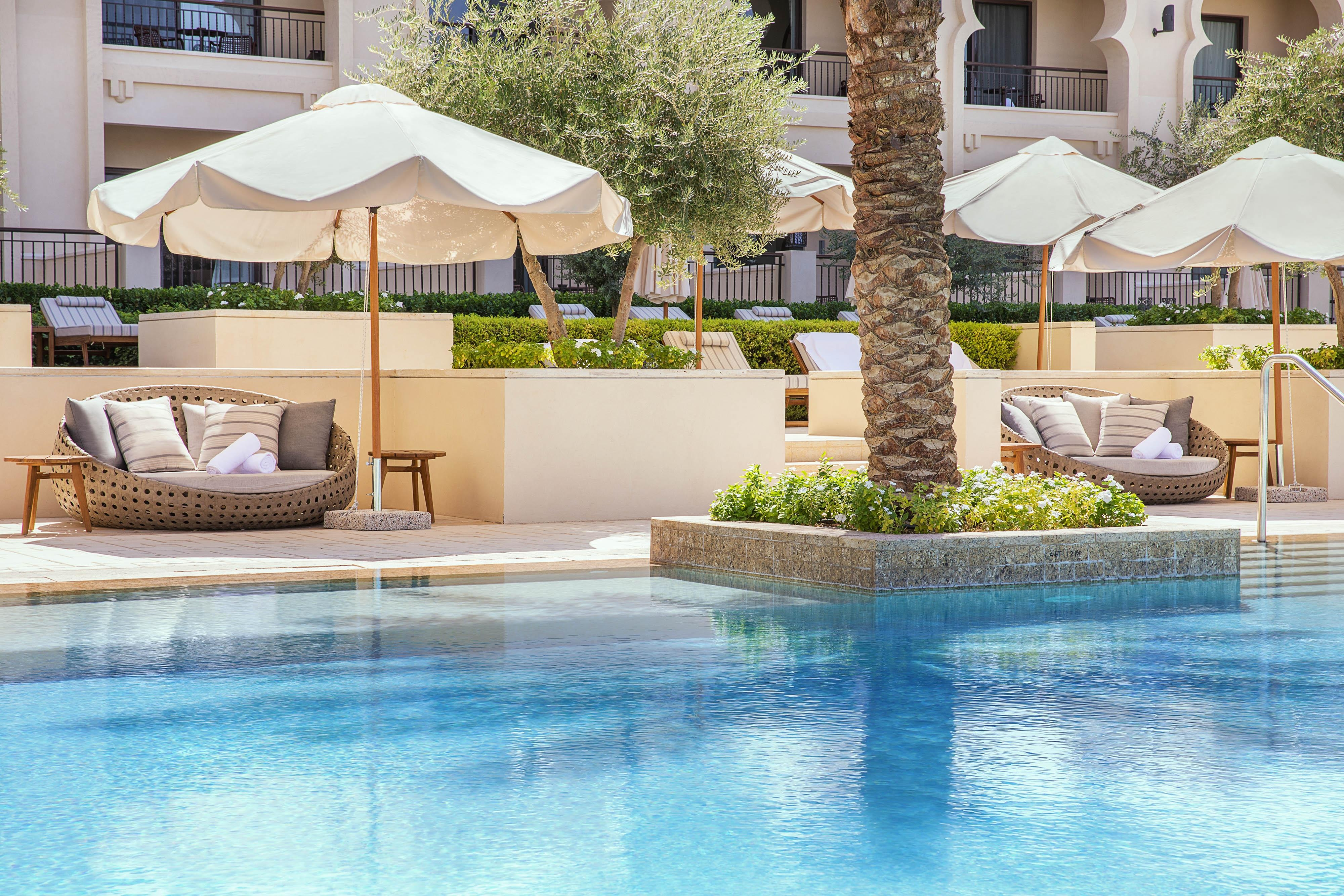 Relax in our sun lounges overlooking the serene lagoon and enjoy signature dishes and beverages from Sabeel pool bar.