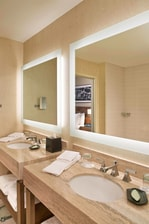 Suite - Master - Bathroom