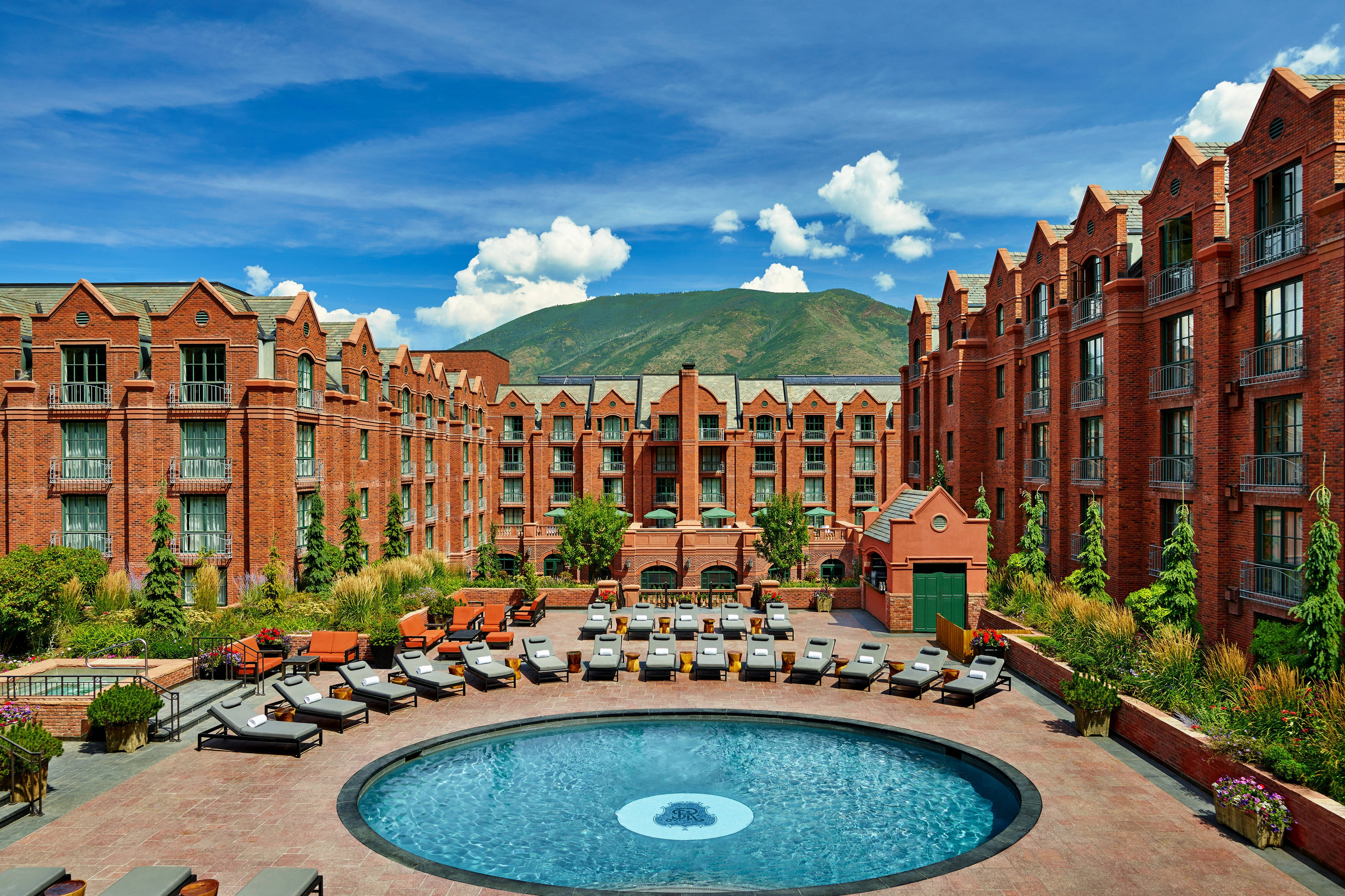 The beautiful St. Regis Aspen Pool during summer