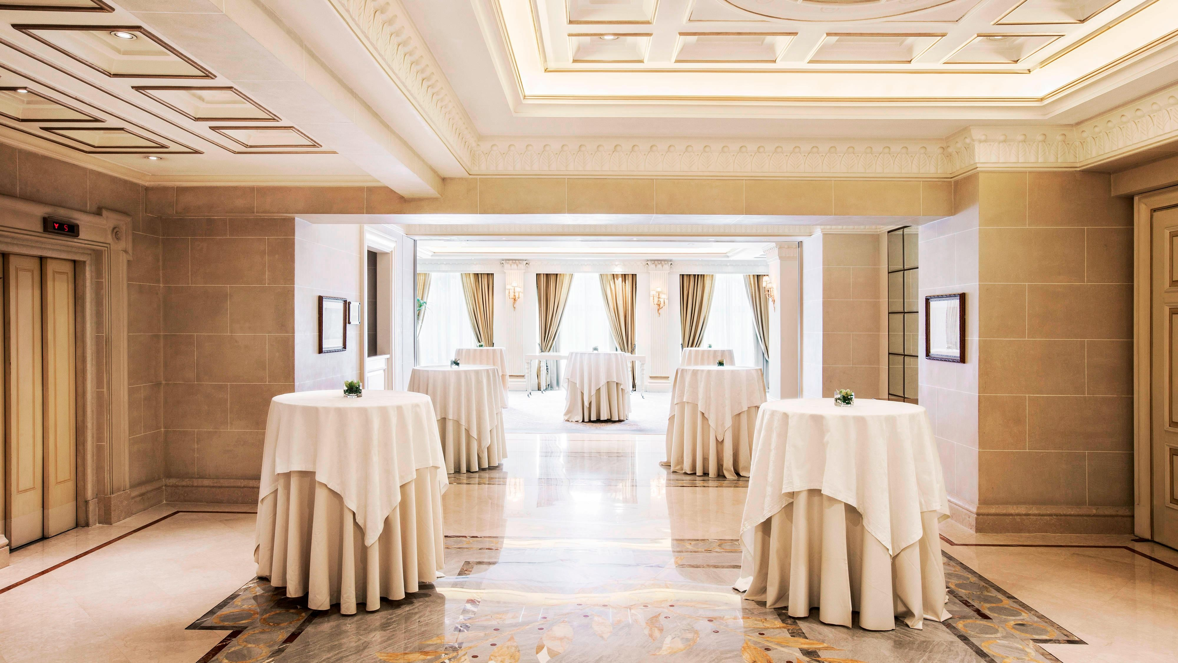 The Ballroom Foyer - Cocktail