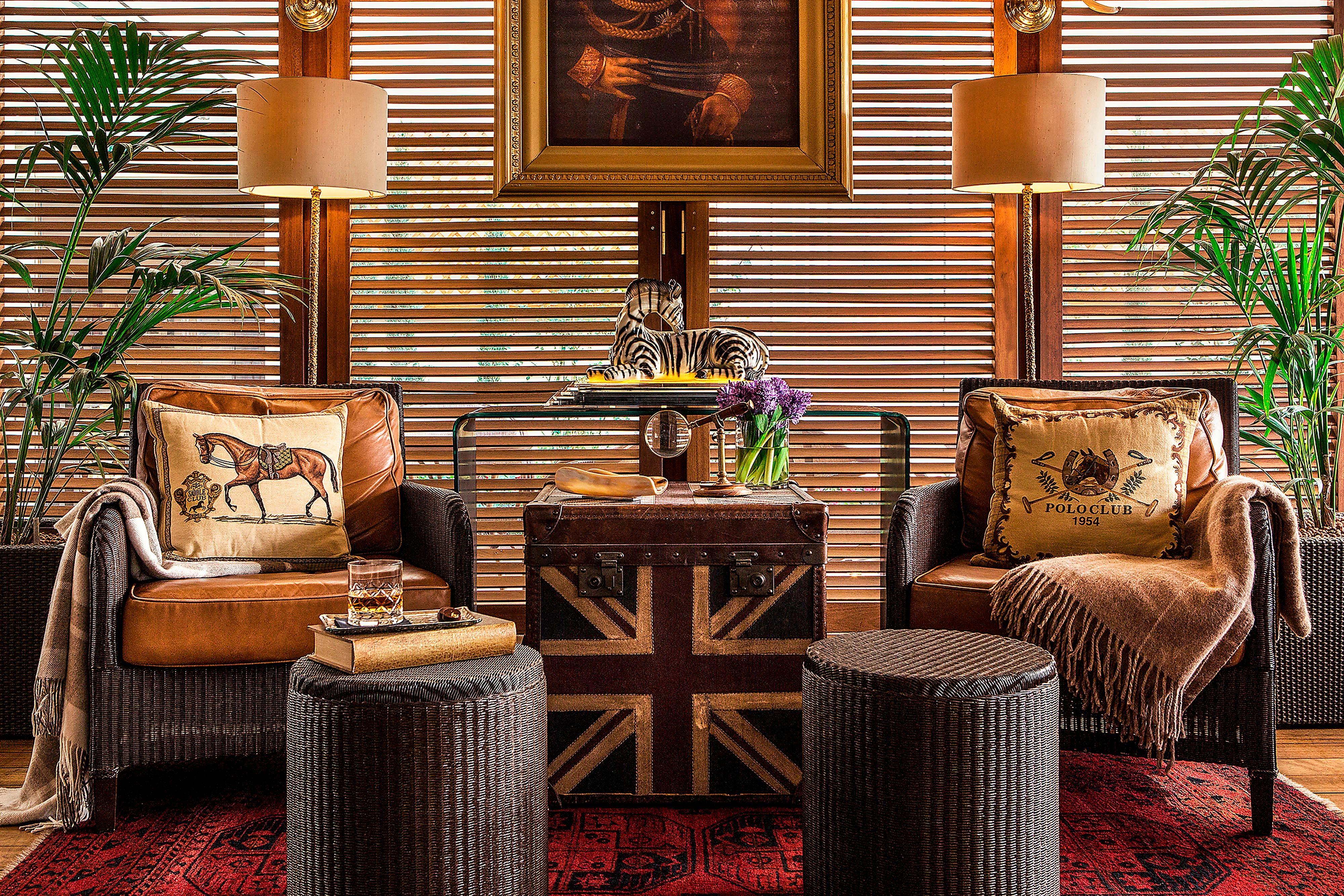 Alexander s Cigar Lounge