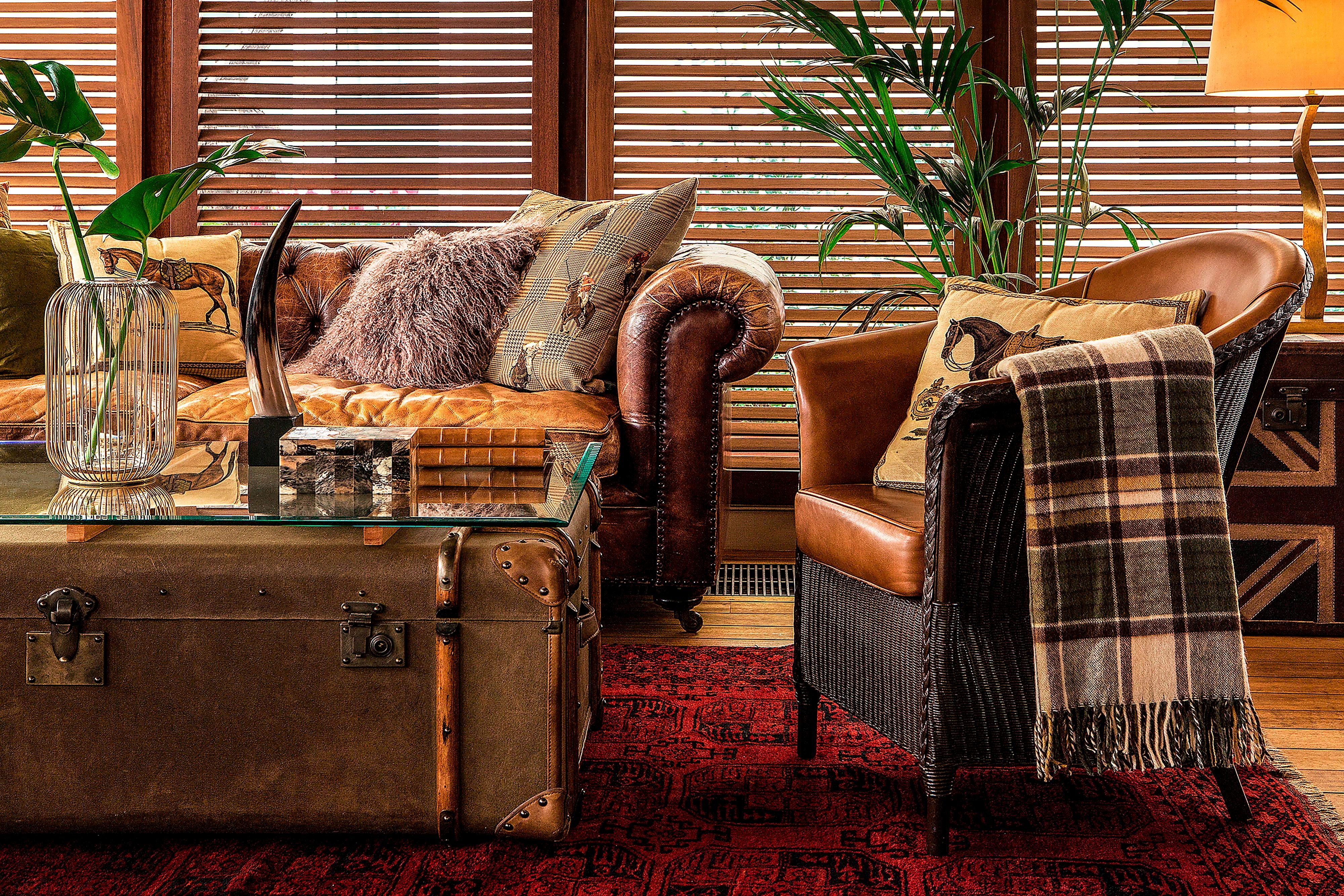 Alexander's Lounge