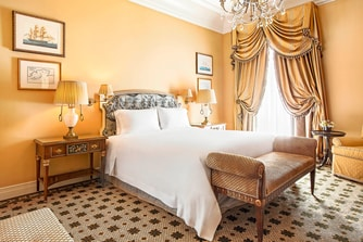 Executive Grand Suite - Bedroom