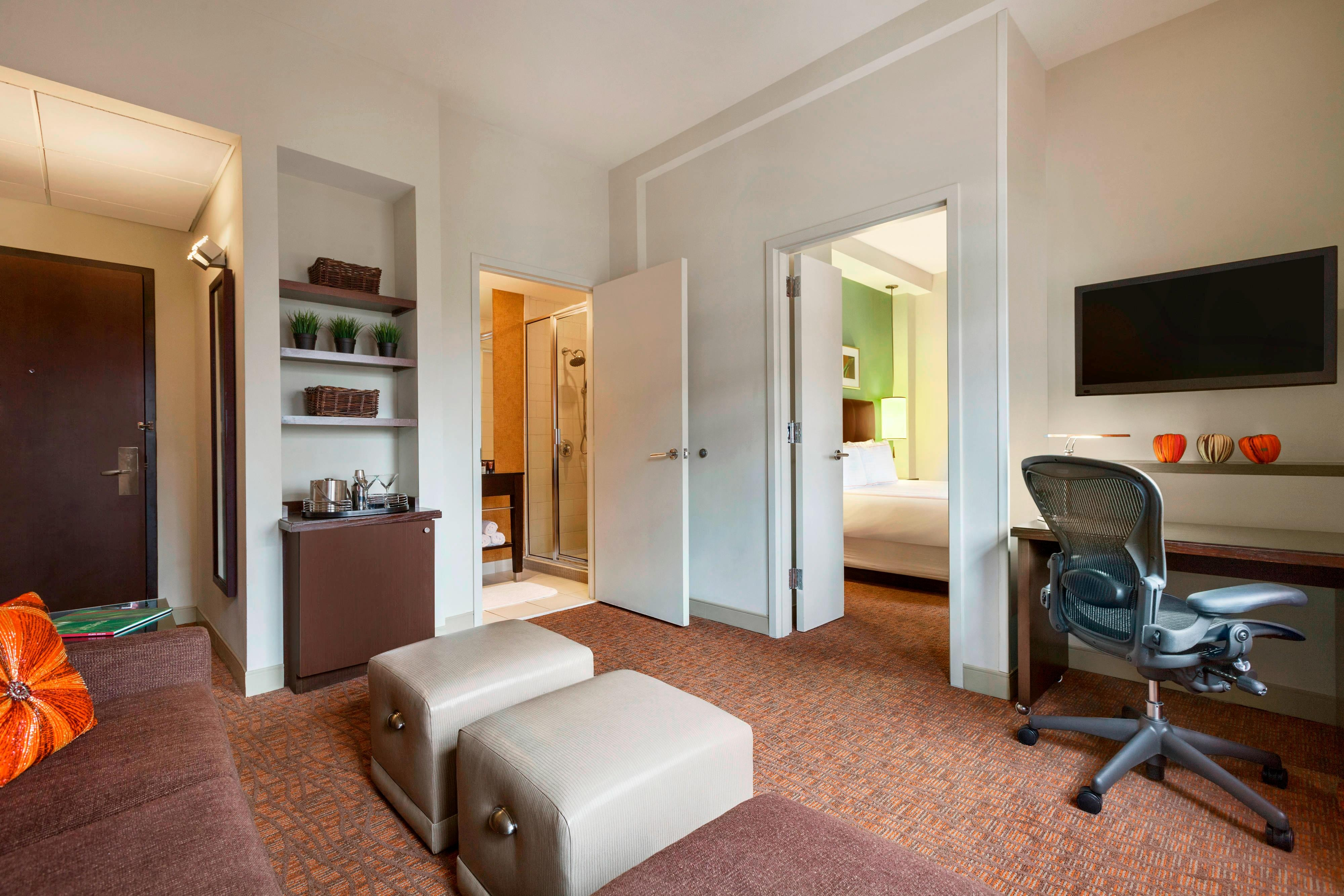 Downtown atlanta suites and rooms glenn hotel autograph - Cheap 2 bedroom suites in atlanta ga ...