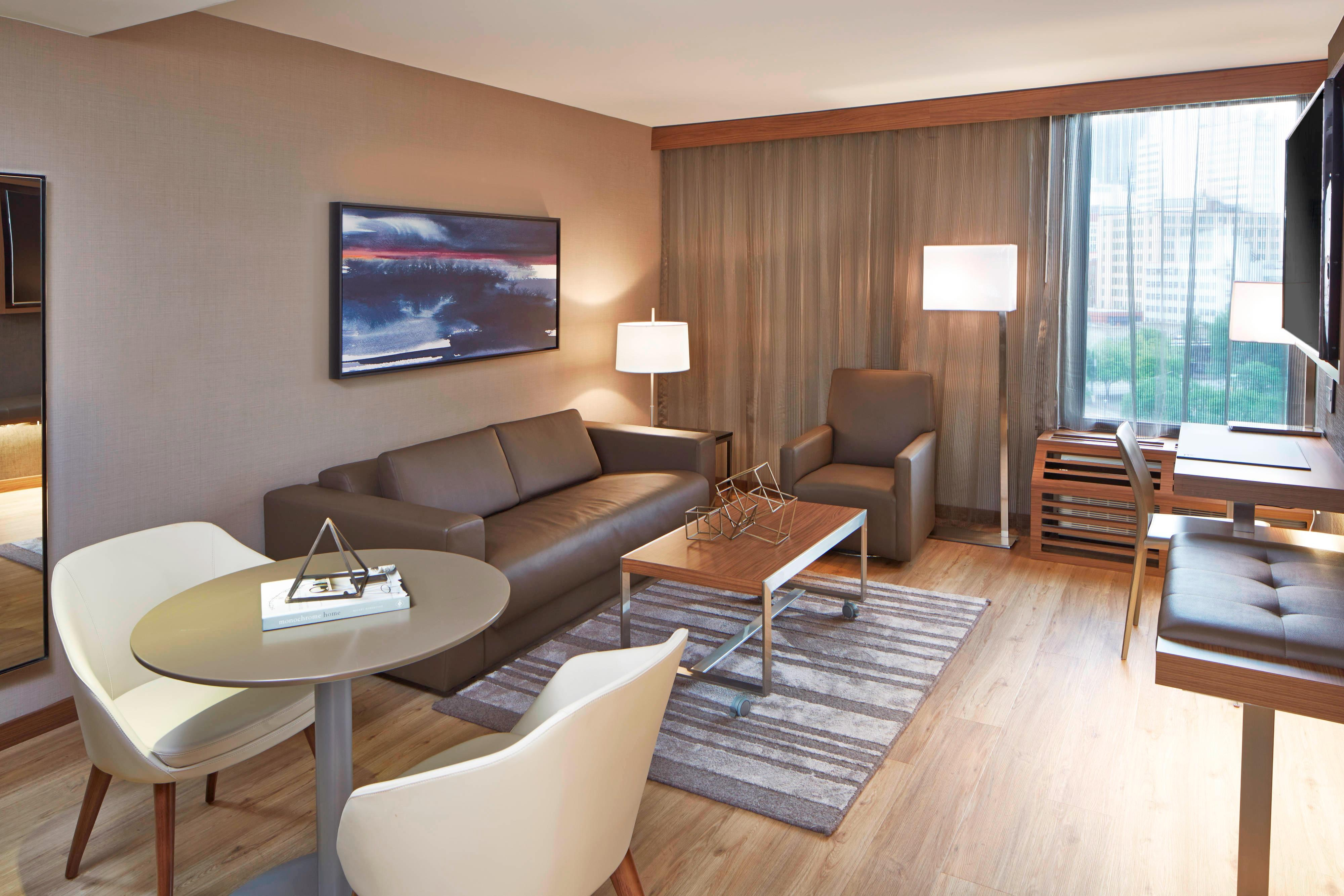 King Suite - Living Room