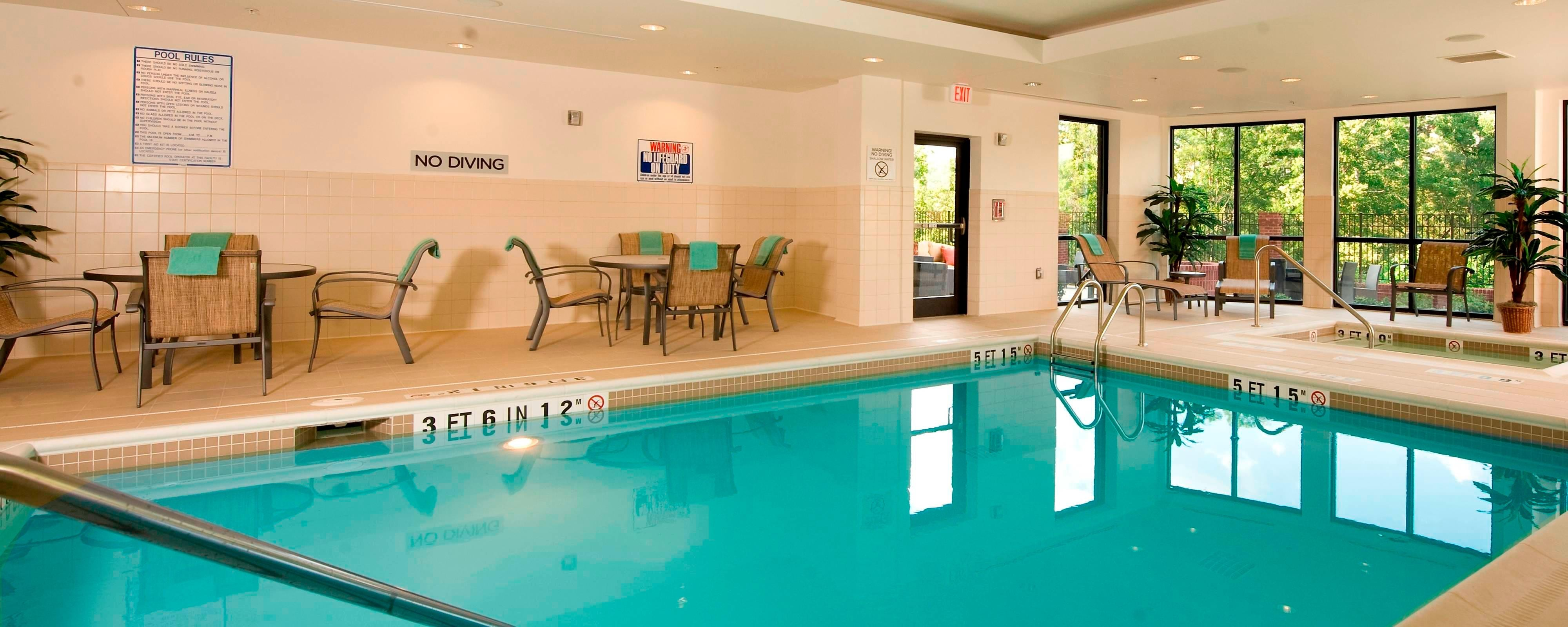 Buford Hotel Pool and Spa