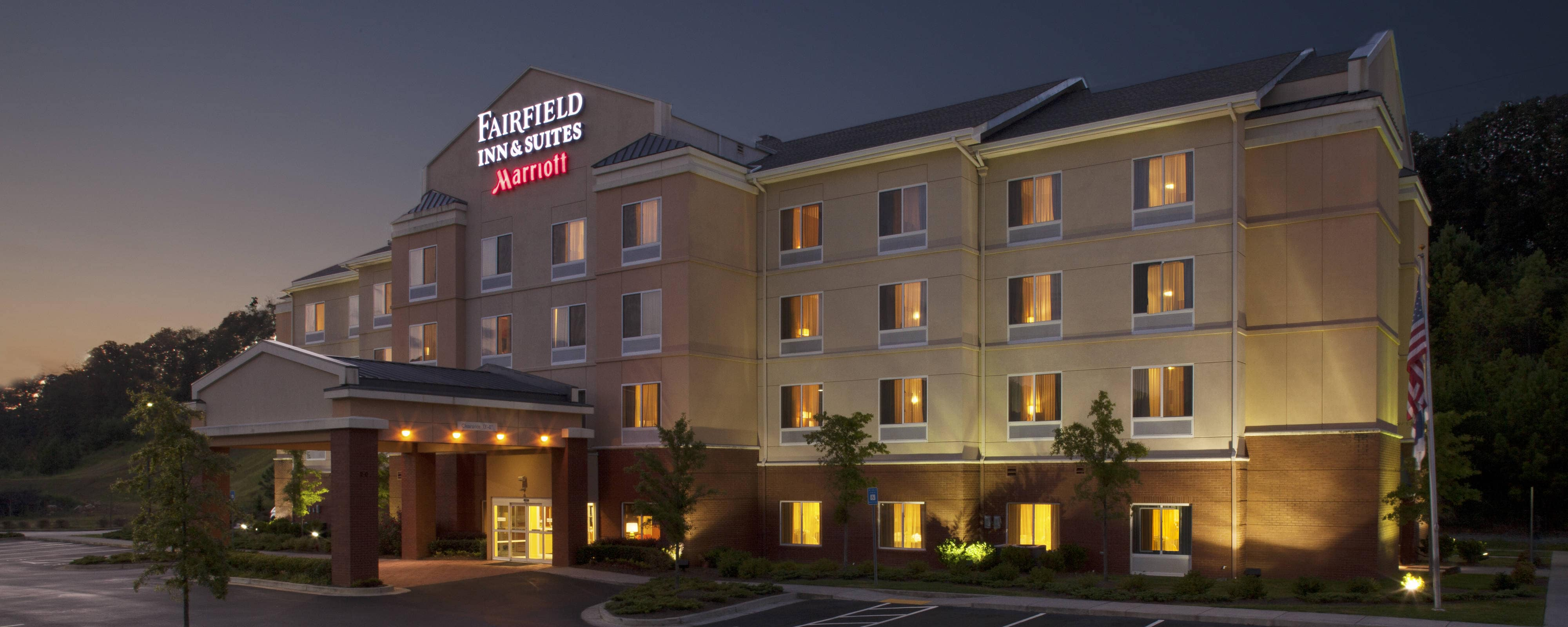 Fairfield Inn & Suites Cartersville by Marriott: Beautiful Hotel ...
