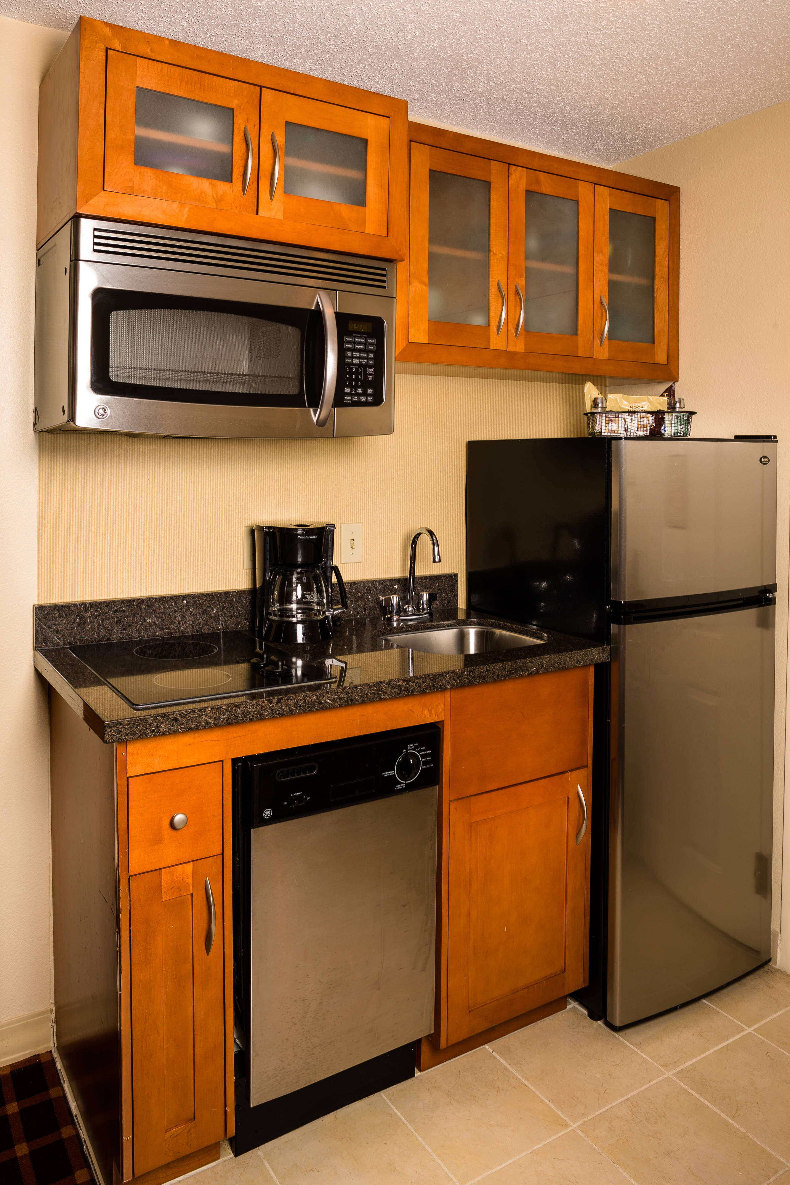 Residence Inn Atlanta Downtown in-Suite Kitchenettes