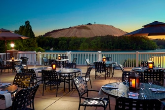 The Commons – Outdoor Patio
