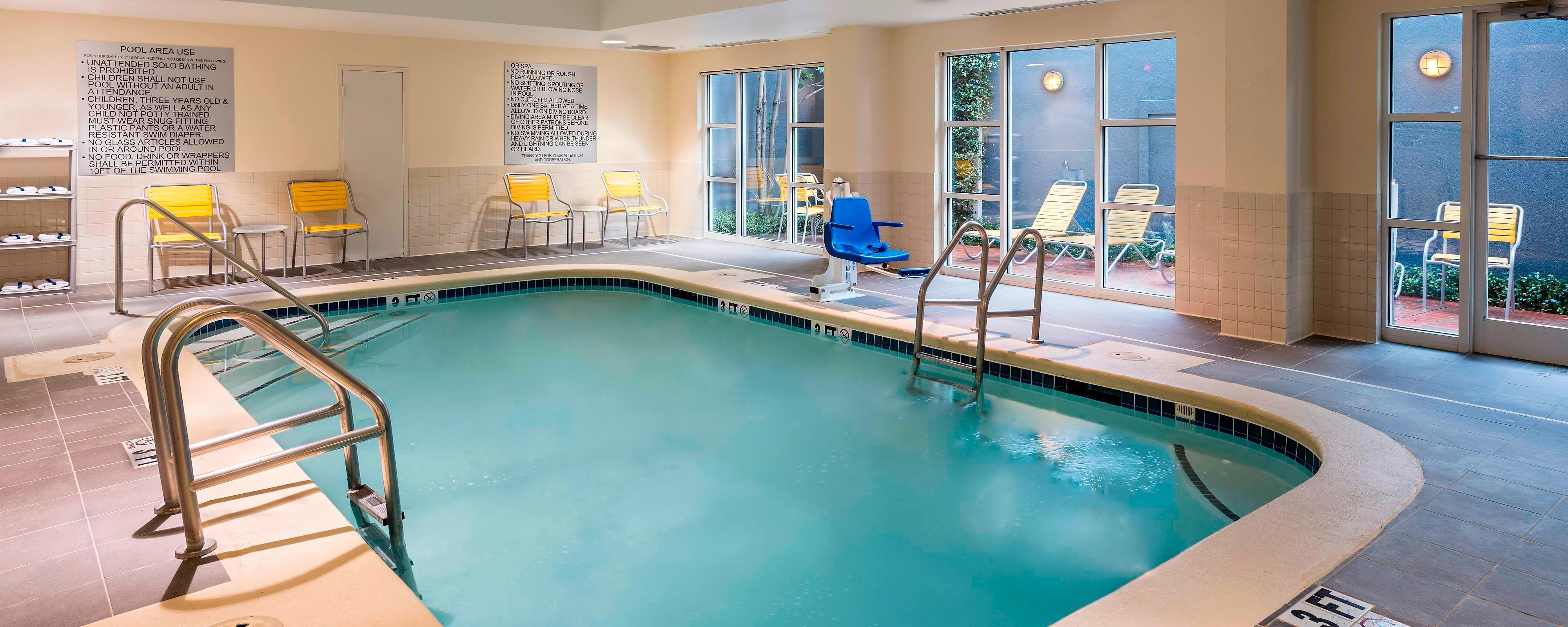 Atlanta, GA Hotels With Indoor Pools