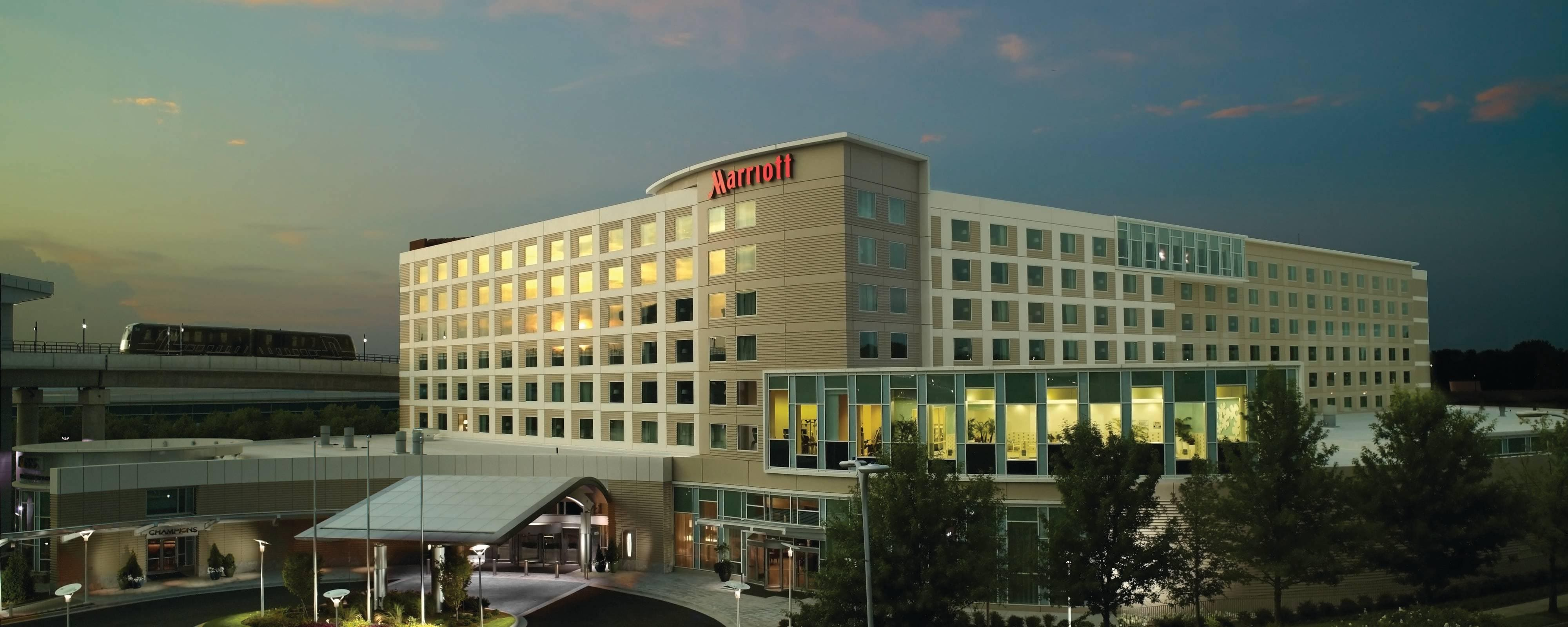 Hotel In Atlanta Ga Near Airport Atlanta Airport Marriott Gateway