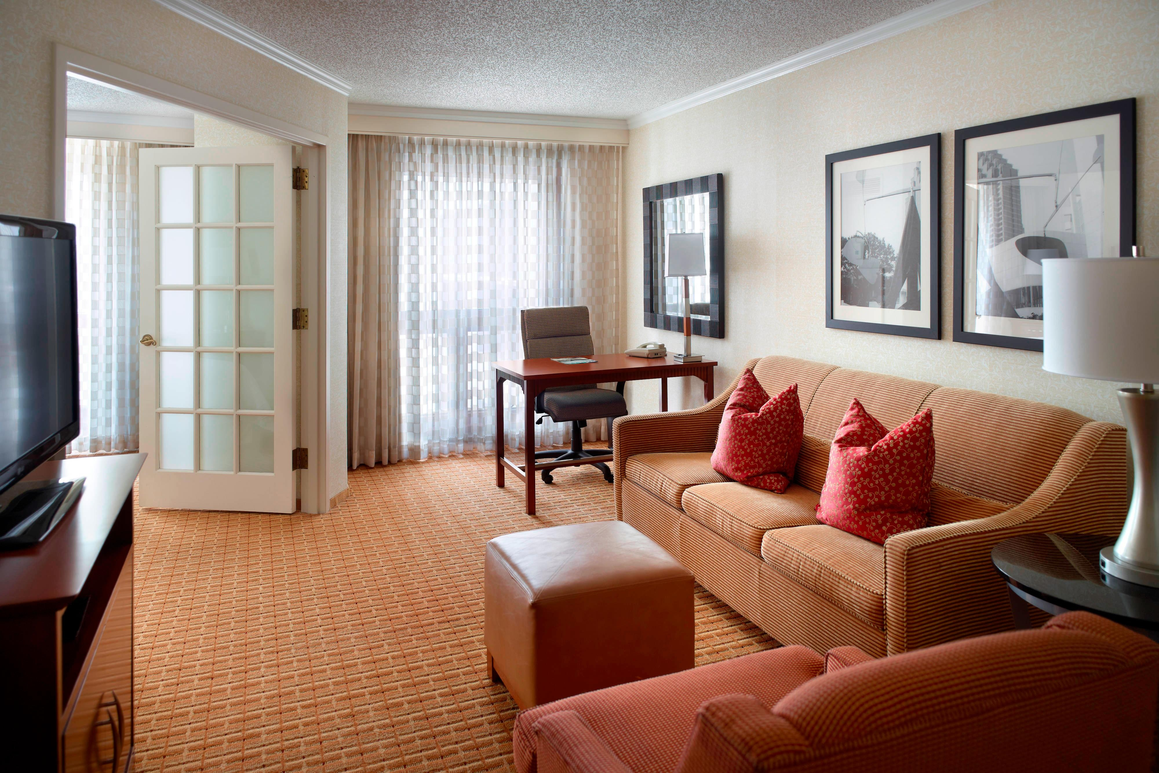 hotels in midtown atlanta georgia atlanta marriott suites midtown