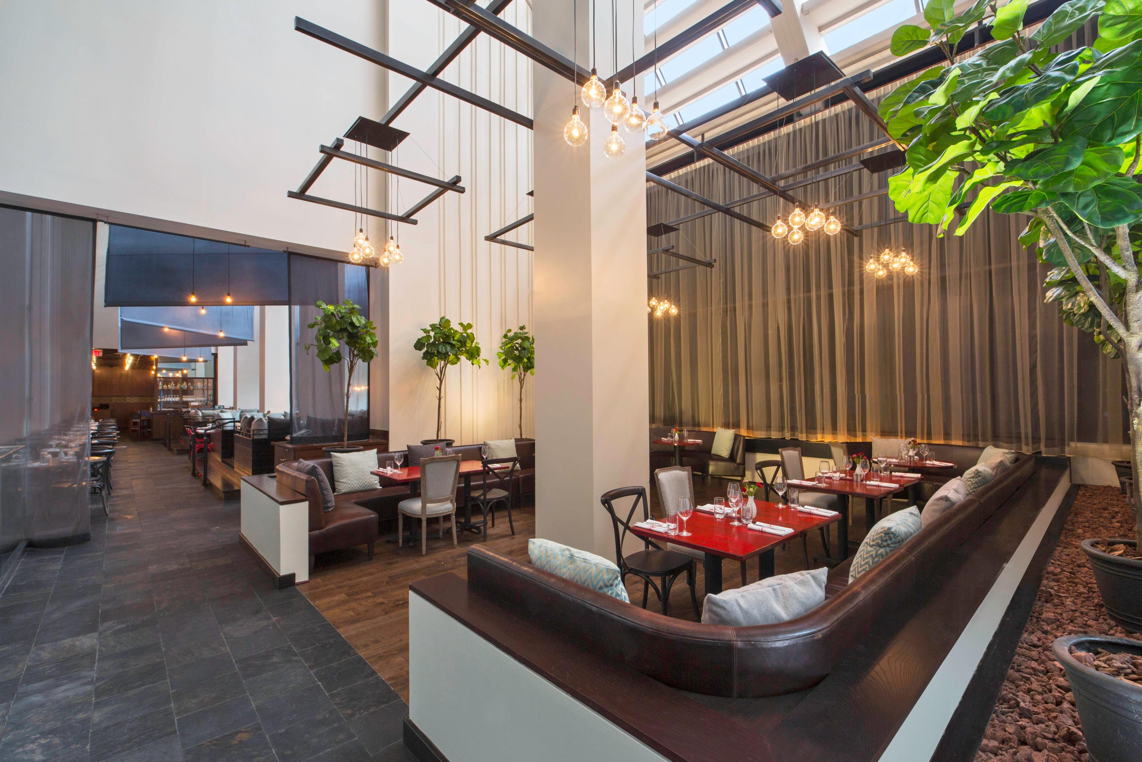 TRACE Restaurant - Overlook