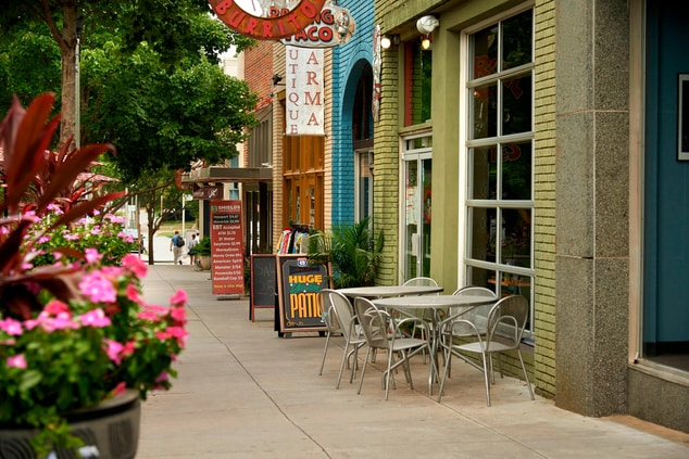 Historic Decatur Shopping and Dining