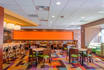 Fairfield Inn & Suites Atlanta Cumming/Johns Creek - Breakfast room