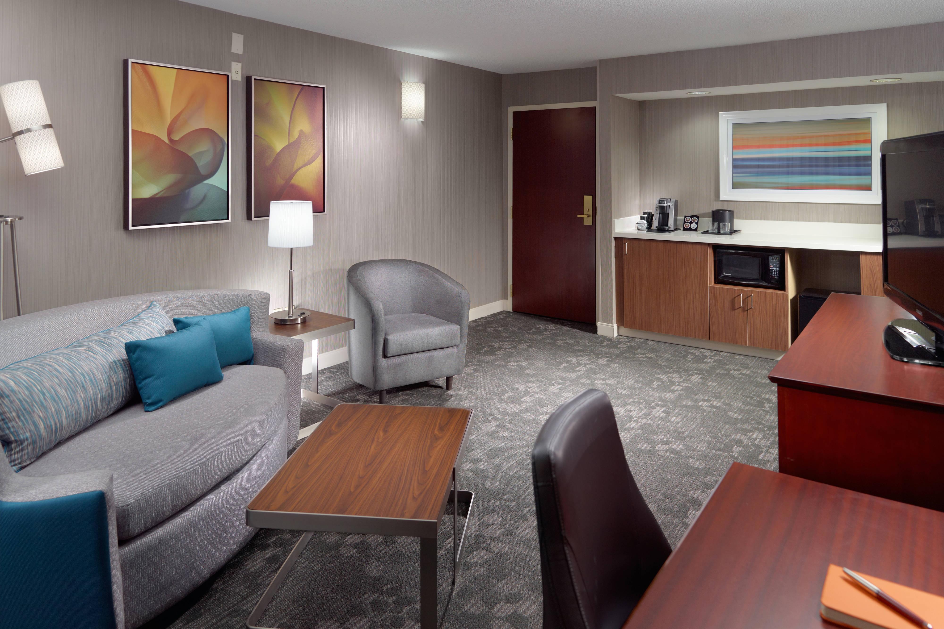 Sala de estar de la suite de un dormitorio