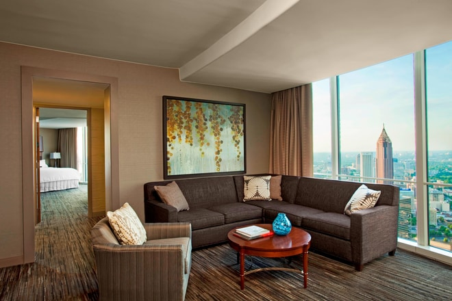 Senator Suite - Living Room
