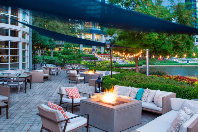 SAVOR Lakeside Patio