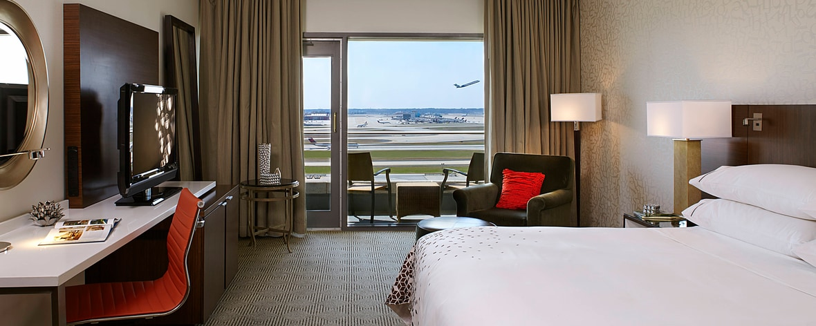 King Runway View Guest Room
