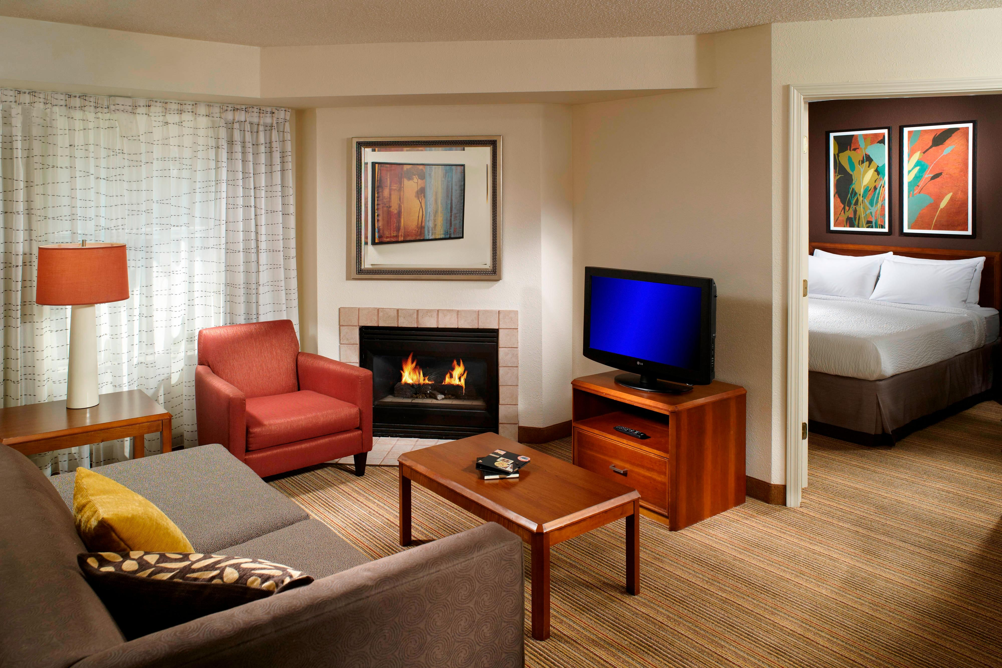 Hotel Suites In Kennesaw, GA
