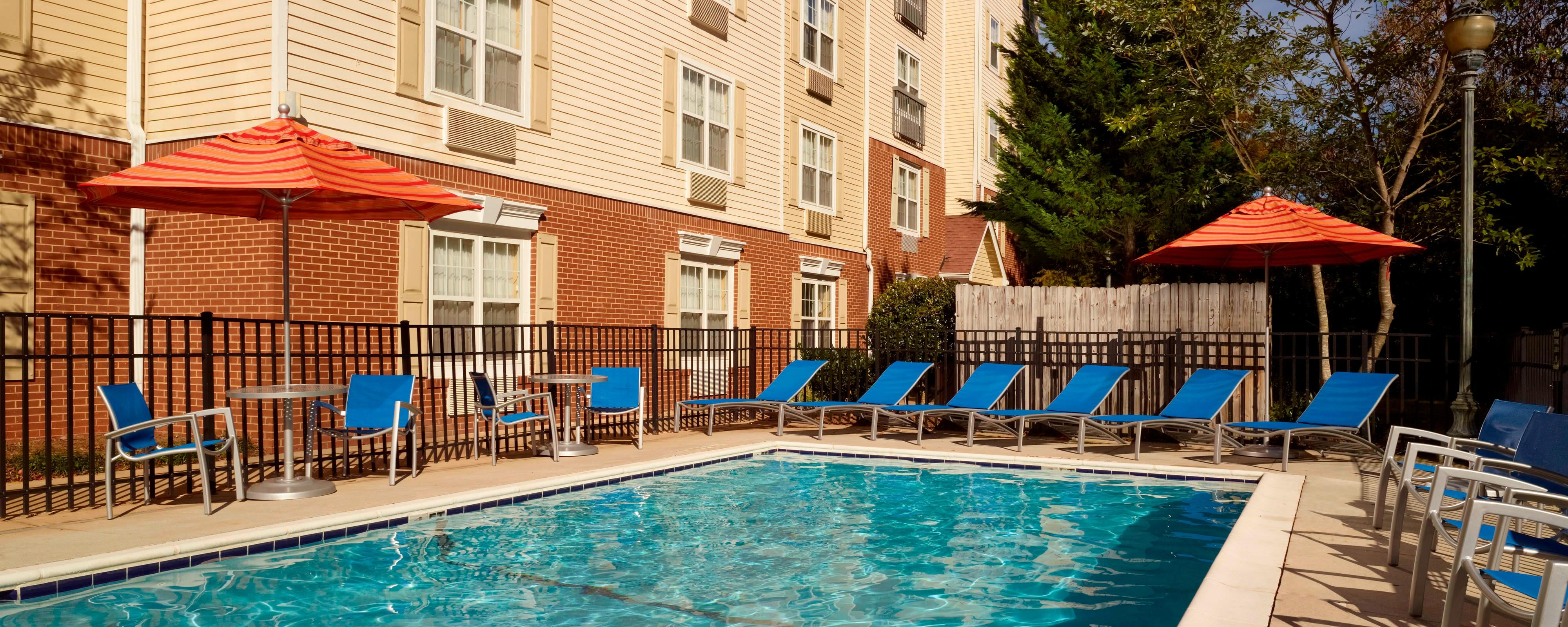 Northlake Atlanta Hotel – Pool