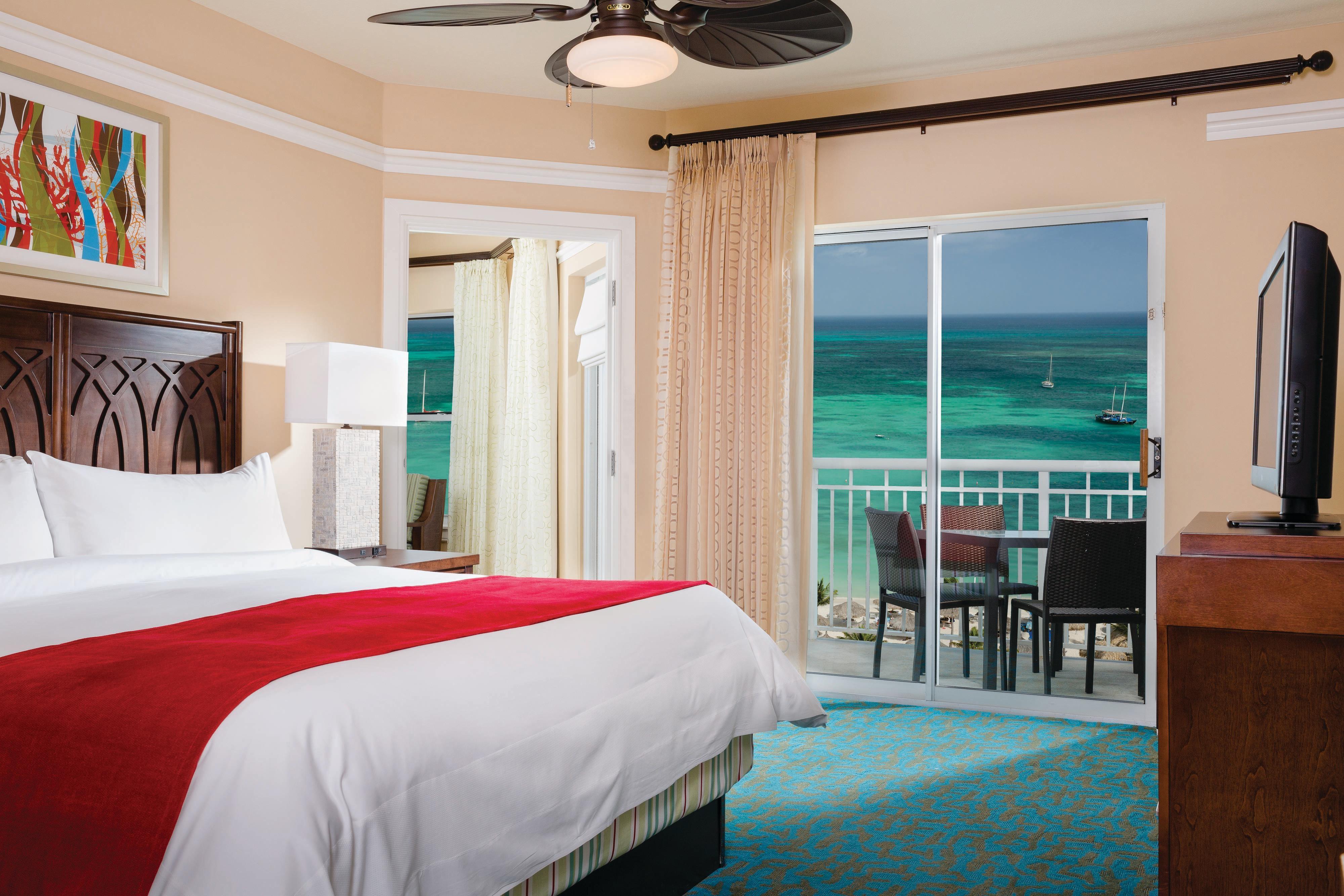 Oceanfront Villa - Master Bedroom