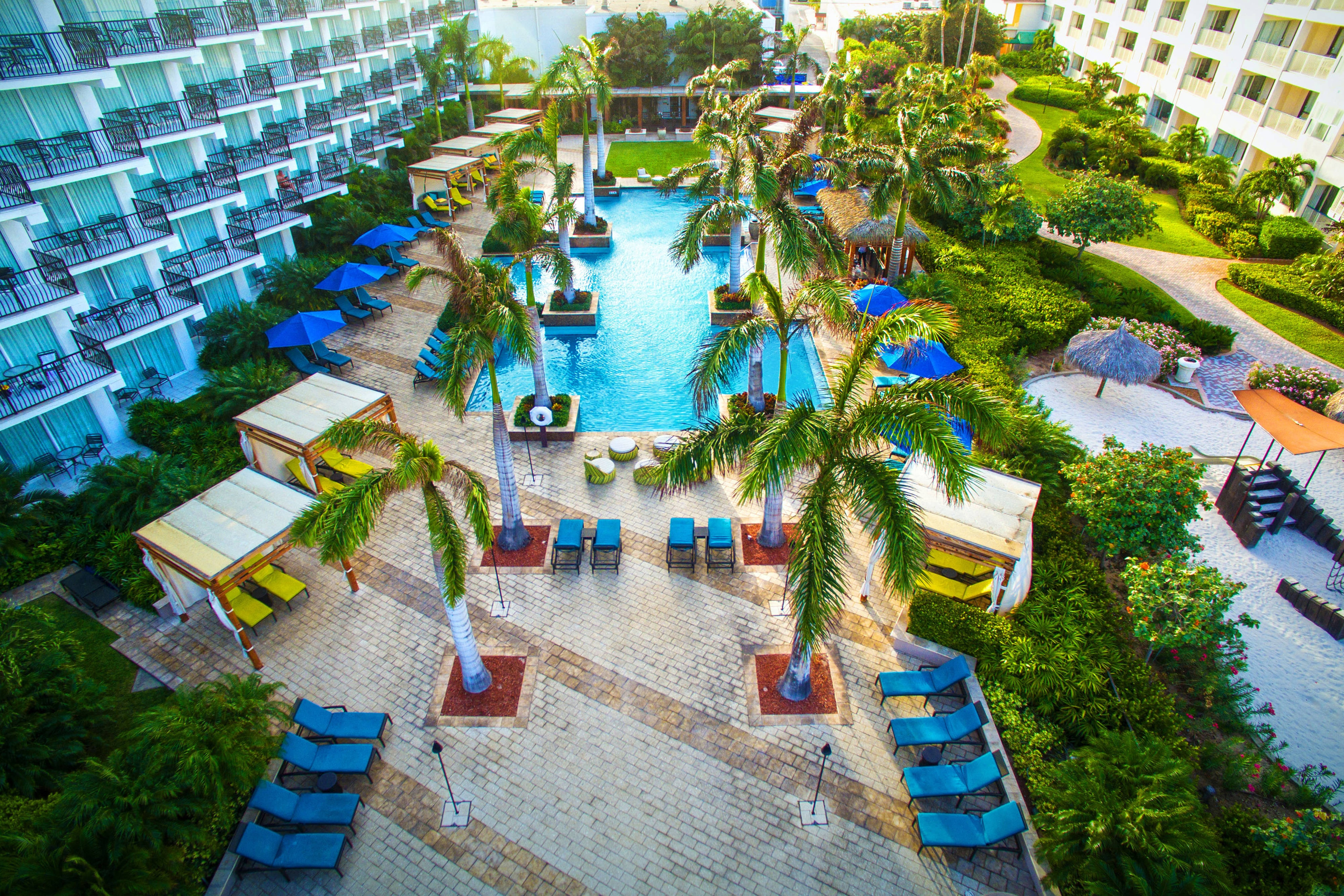 Piscina para adultos del Aruba Marriott Resort