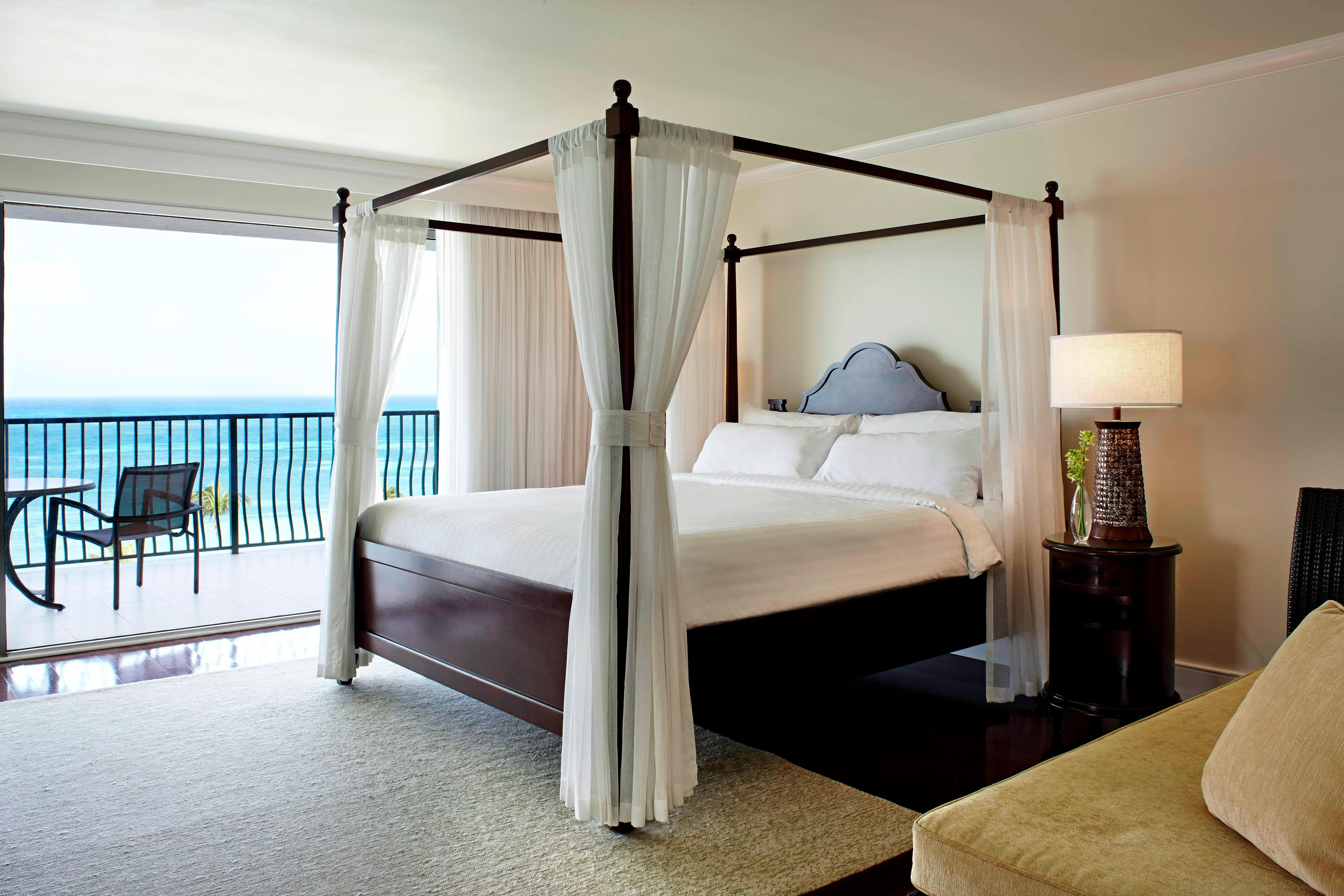 Aruba Luxury Oceanfront Suite