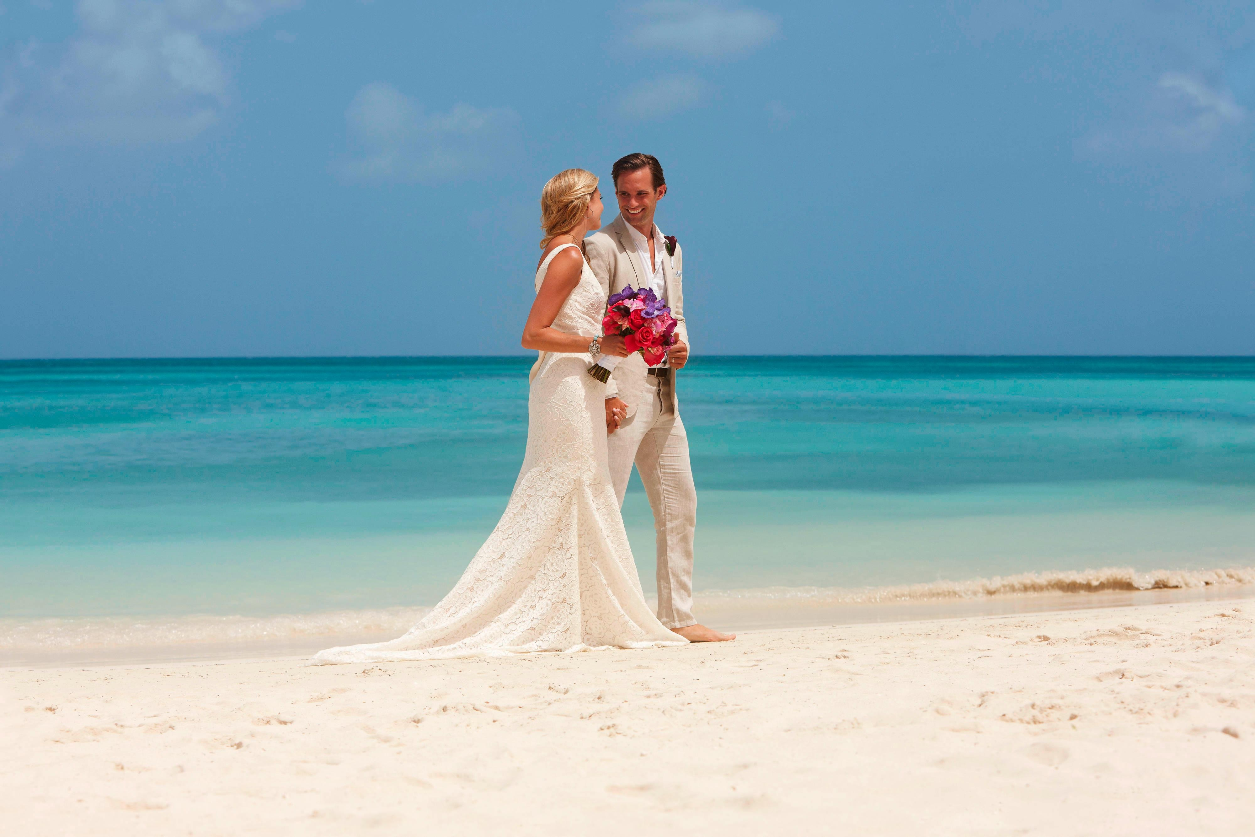 Oceanfront Aruba Weddings