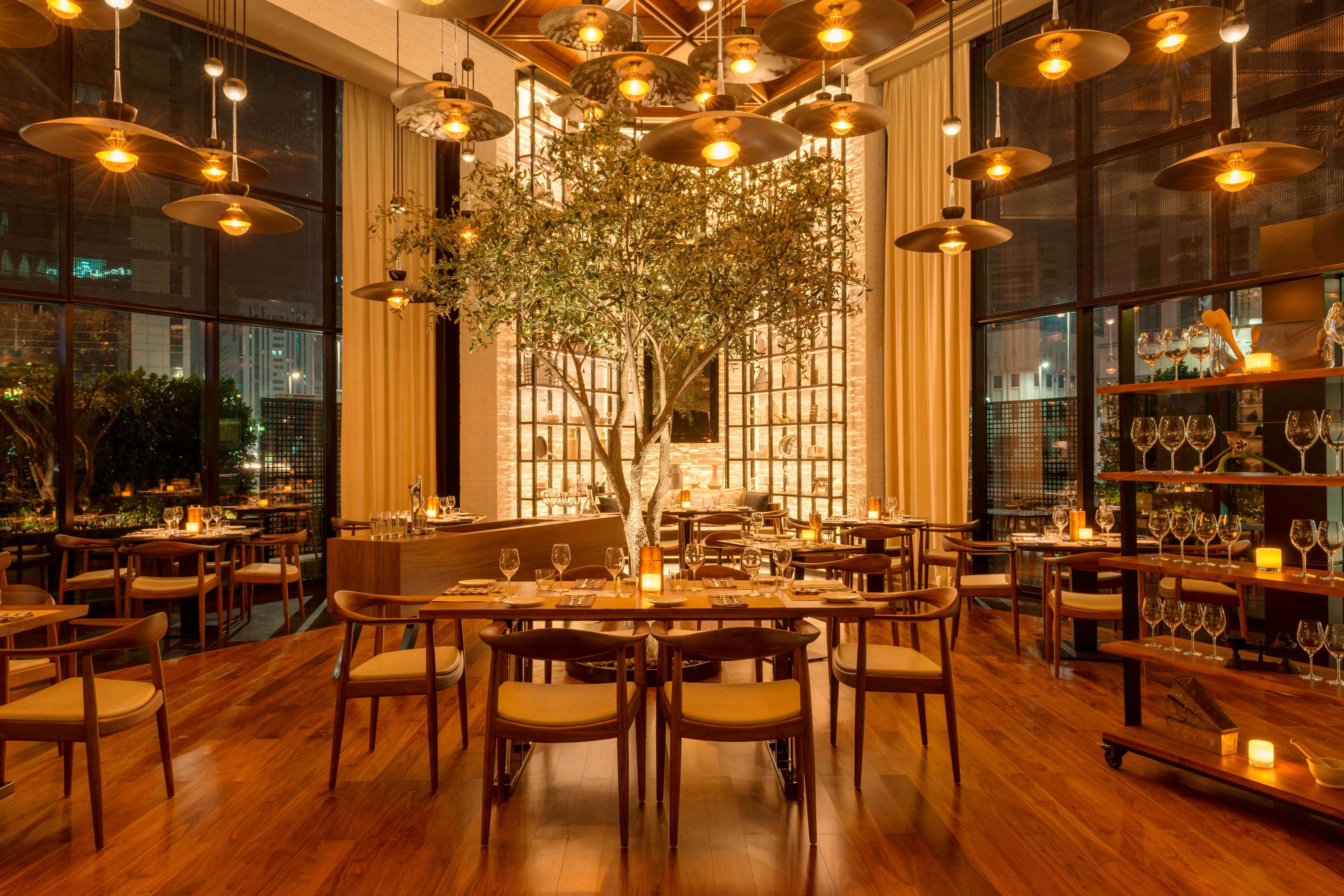 Modern American Cuisine with Local Influence