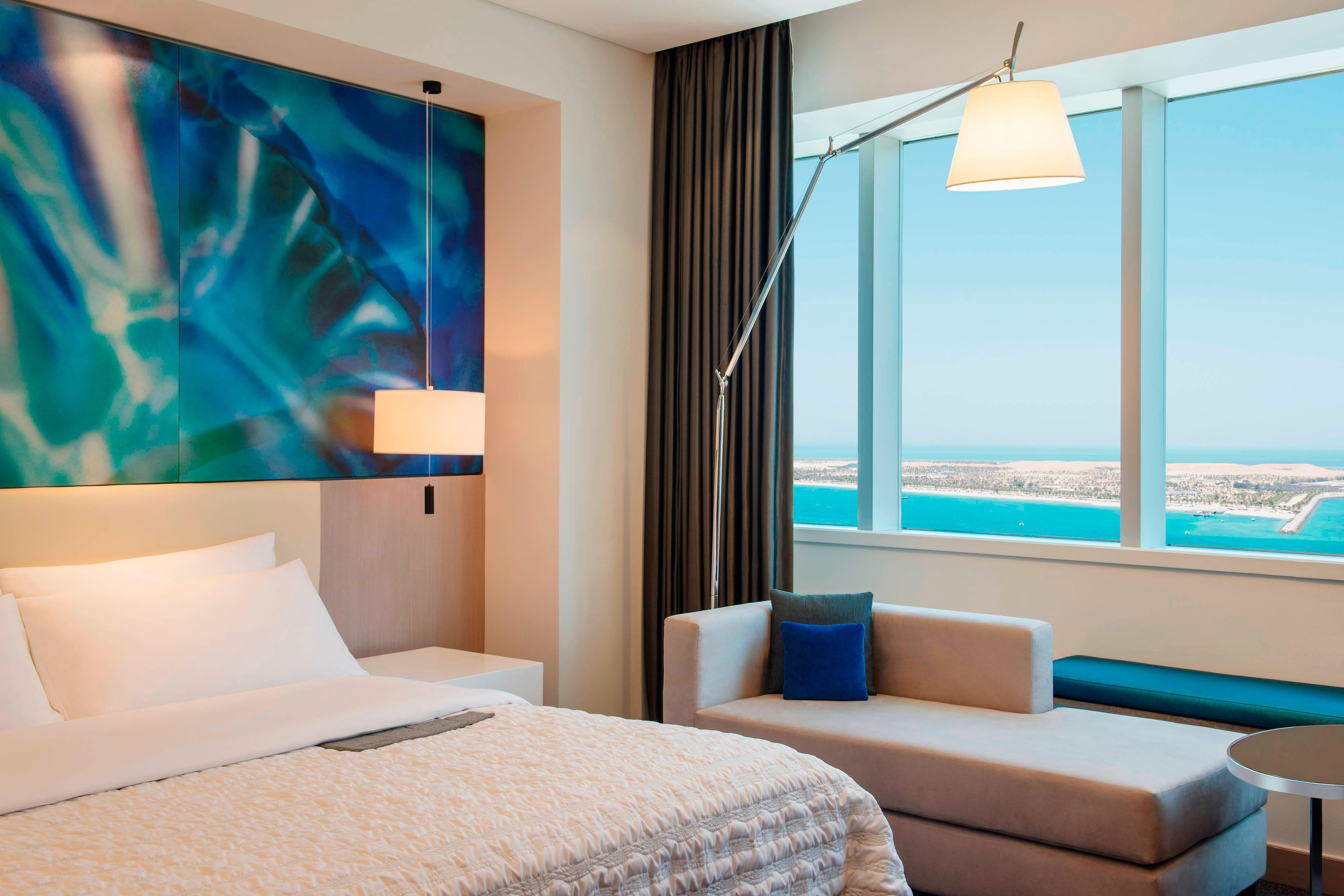King Deluxe Guest Room - Sea View