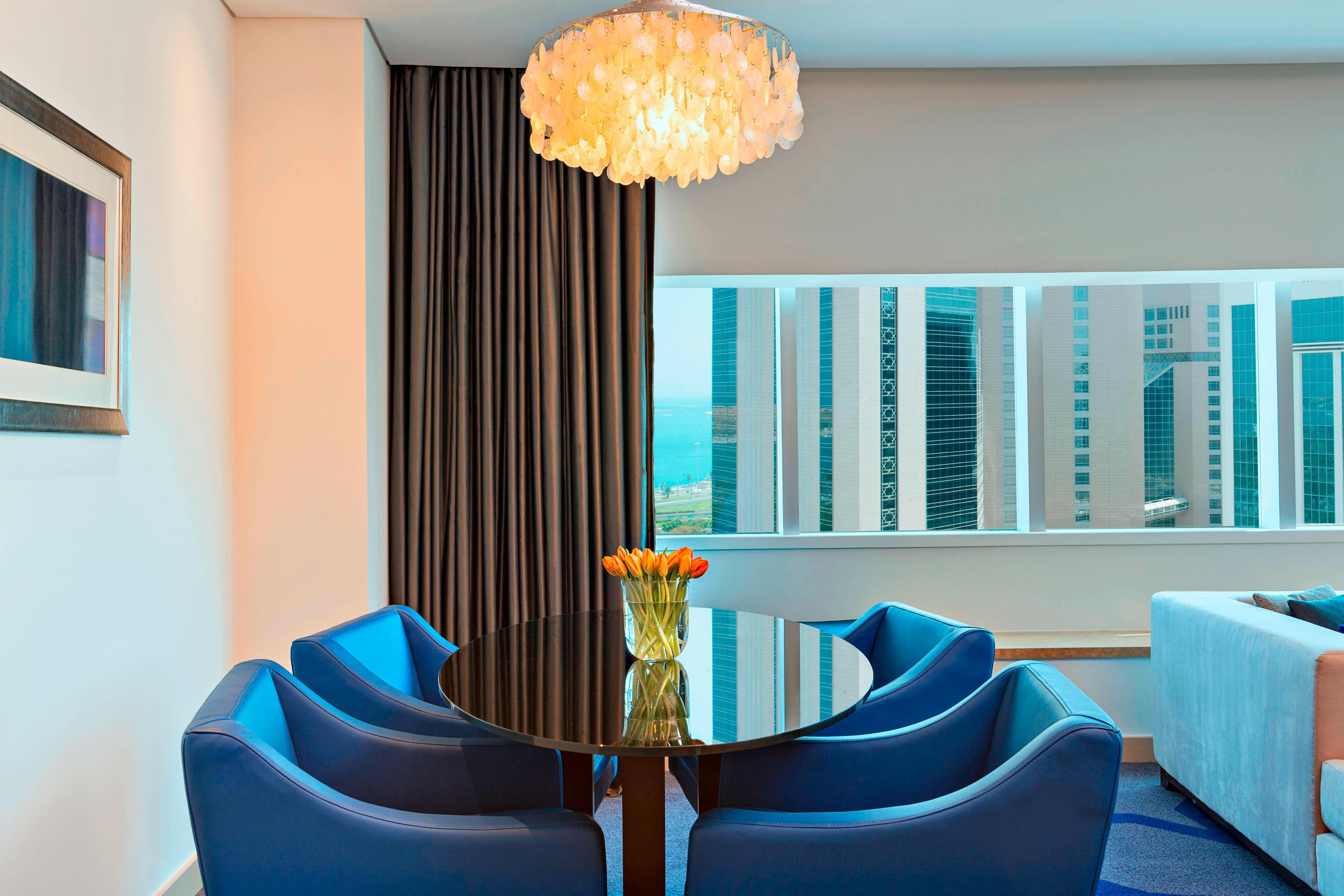 Deluxe Suite - Dining