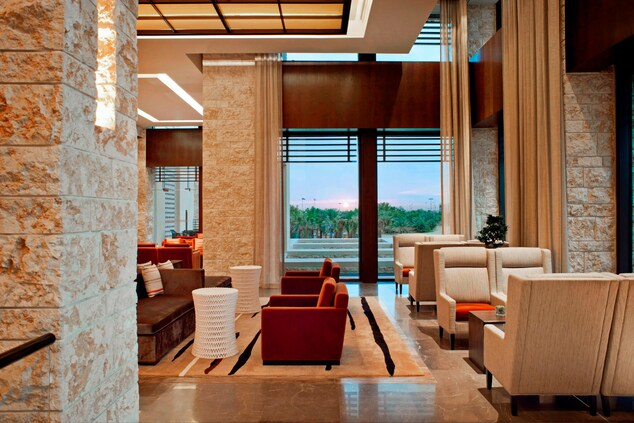 Lobby Lounge - Seating Area
