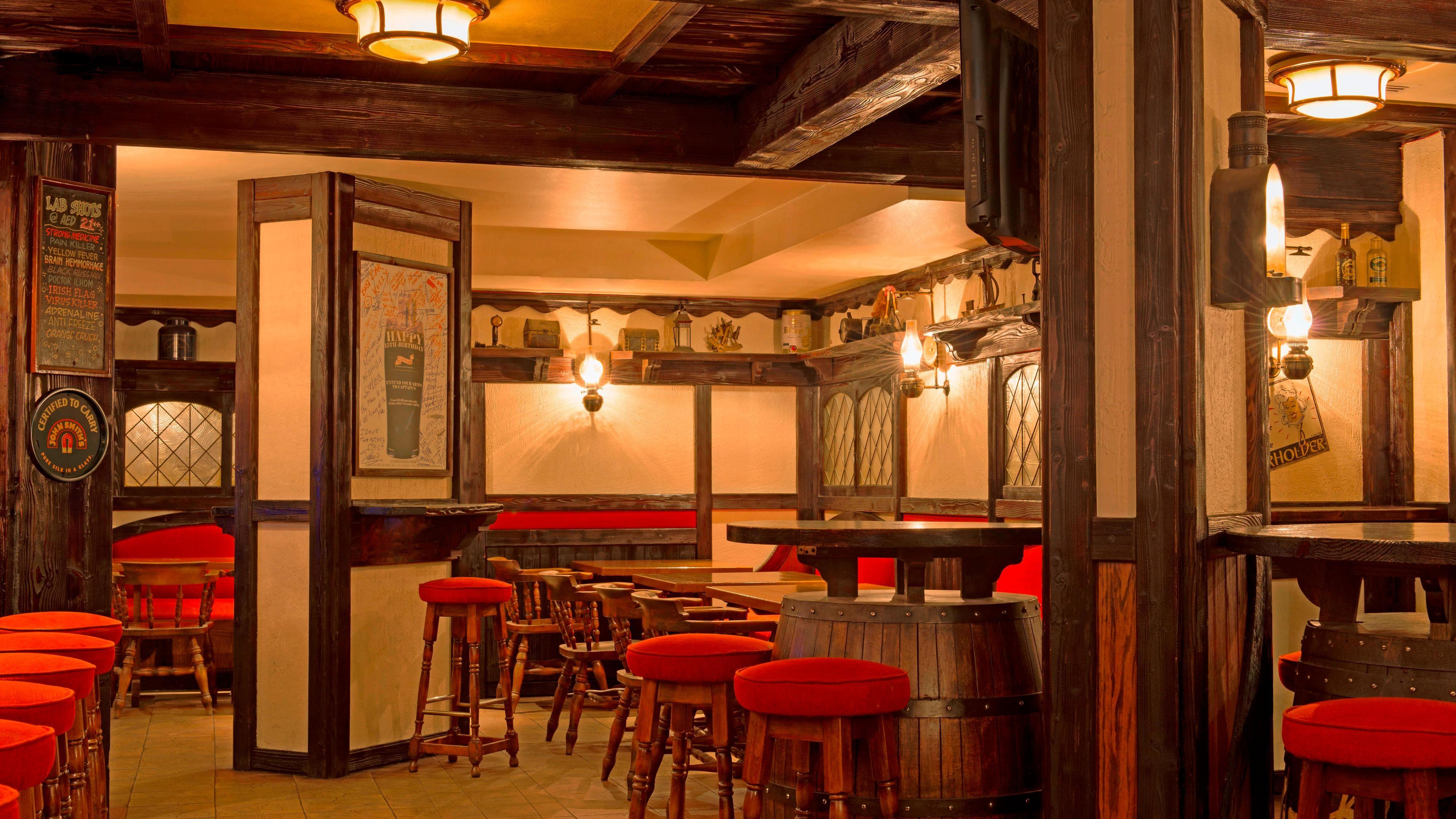 Captain s Arms - Irish Pub