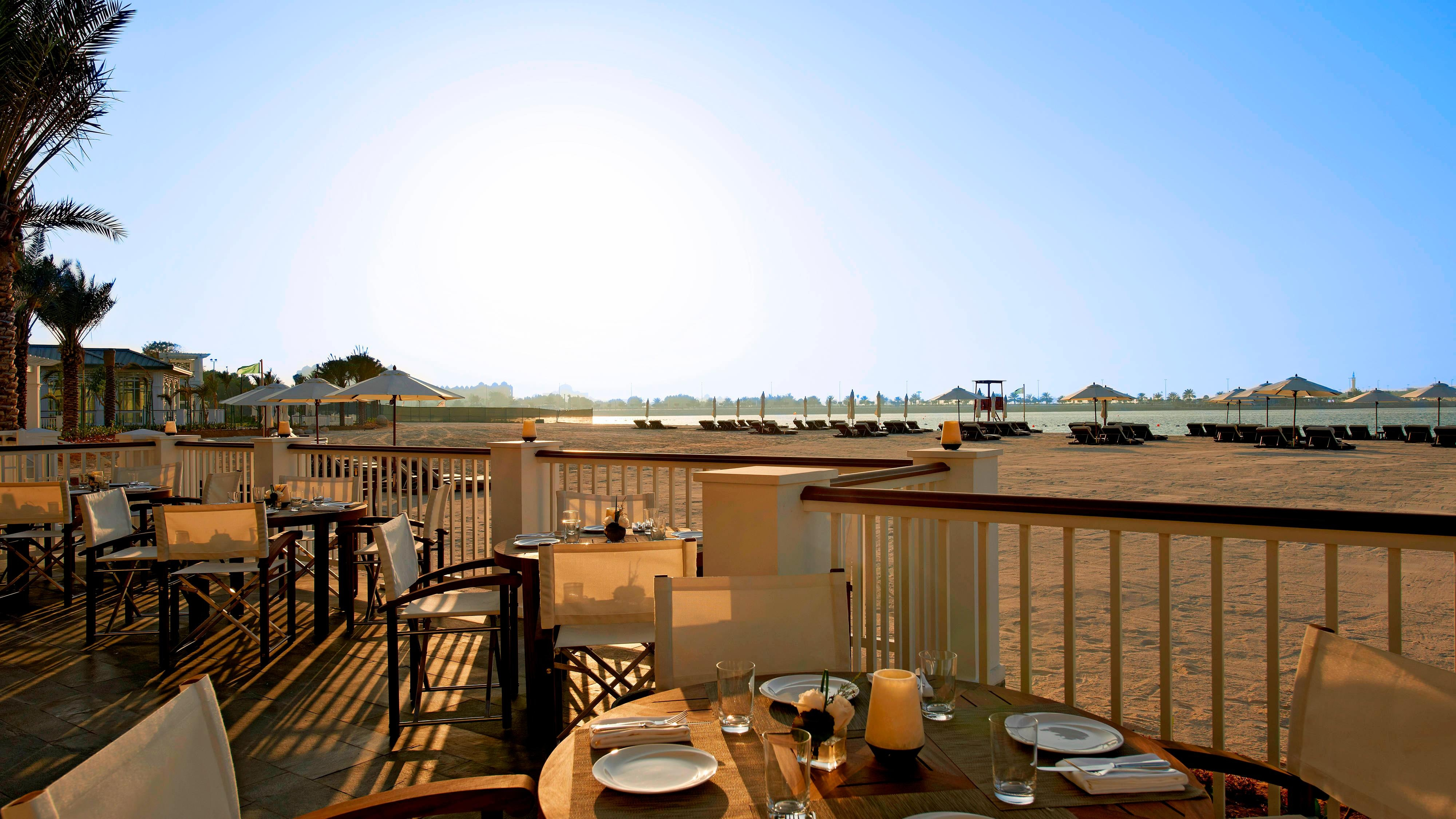 Nation Riviera Beach Club - Cabana Bar & Grill
