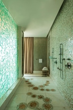Royal Suite - Master Bathroom
