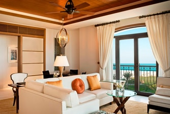 Ocean Suite - Living Room