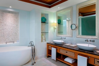 Ocean Suite - Bathroom