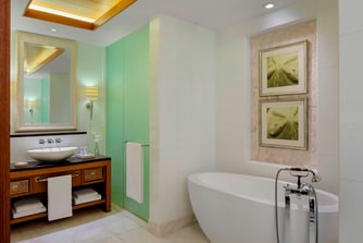 St Regis Suite - Bathroom