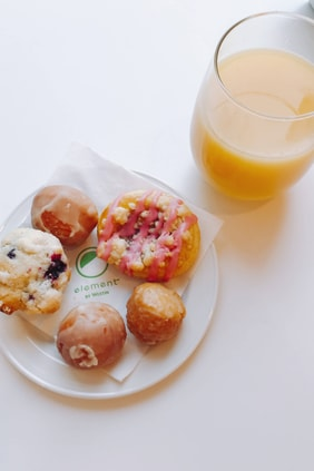 Fresh Juice and Pastries