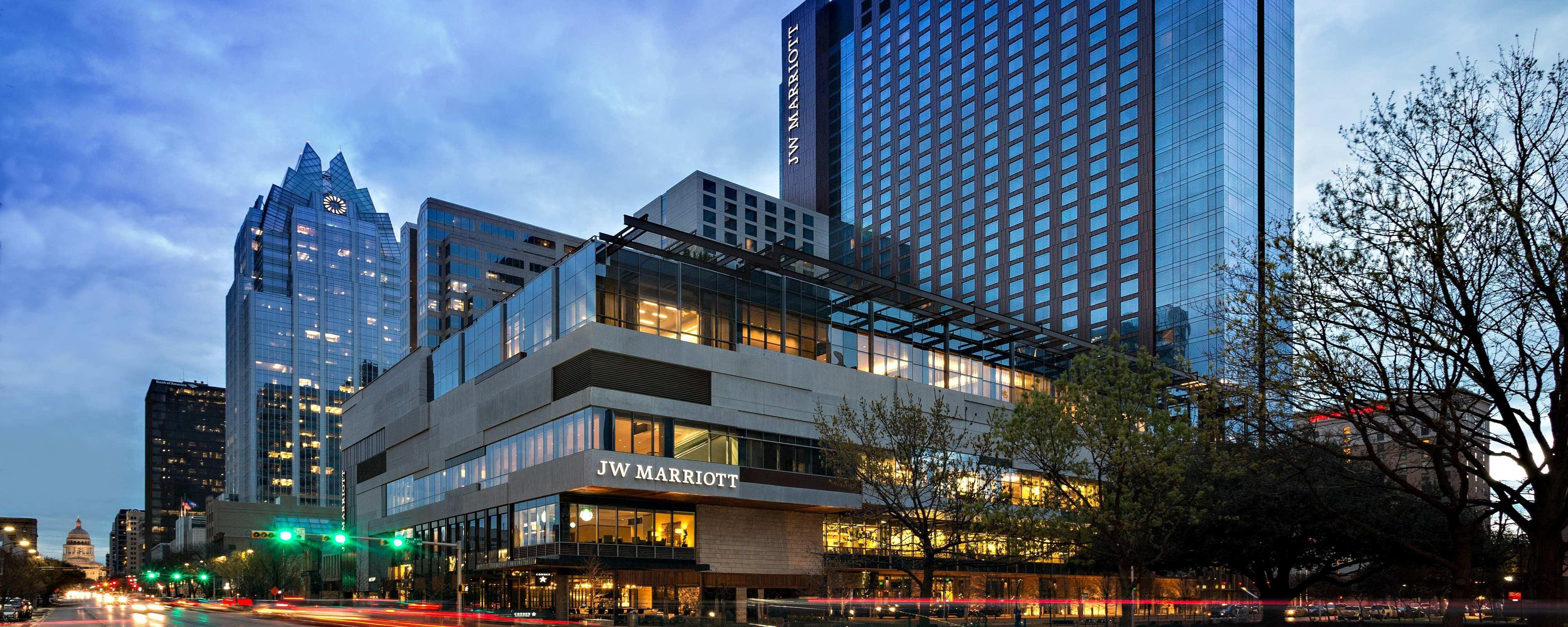 Jw Marriott Essex House Marketing Mail: JW Marriott Austin Downtown Luxury Hotel