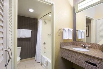 North Austin Hotel Bathroom