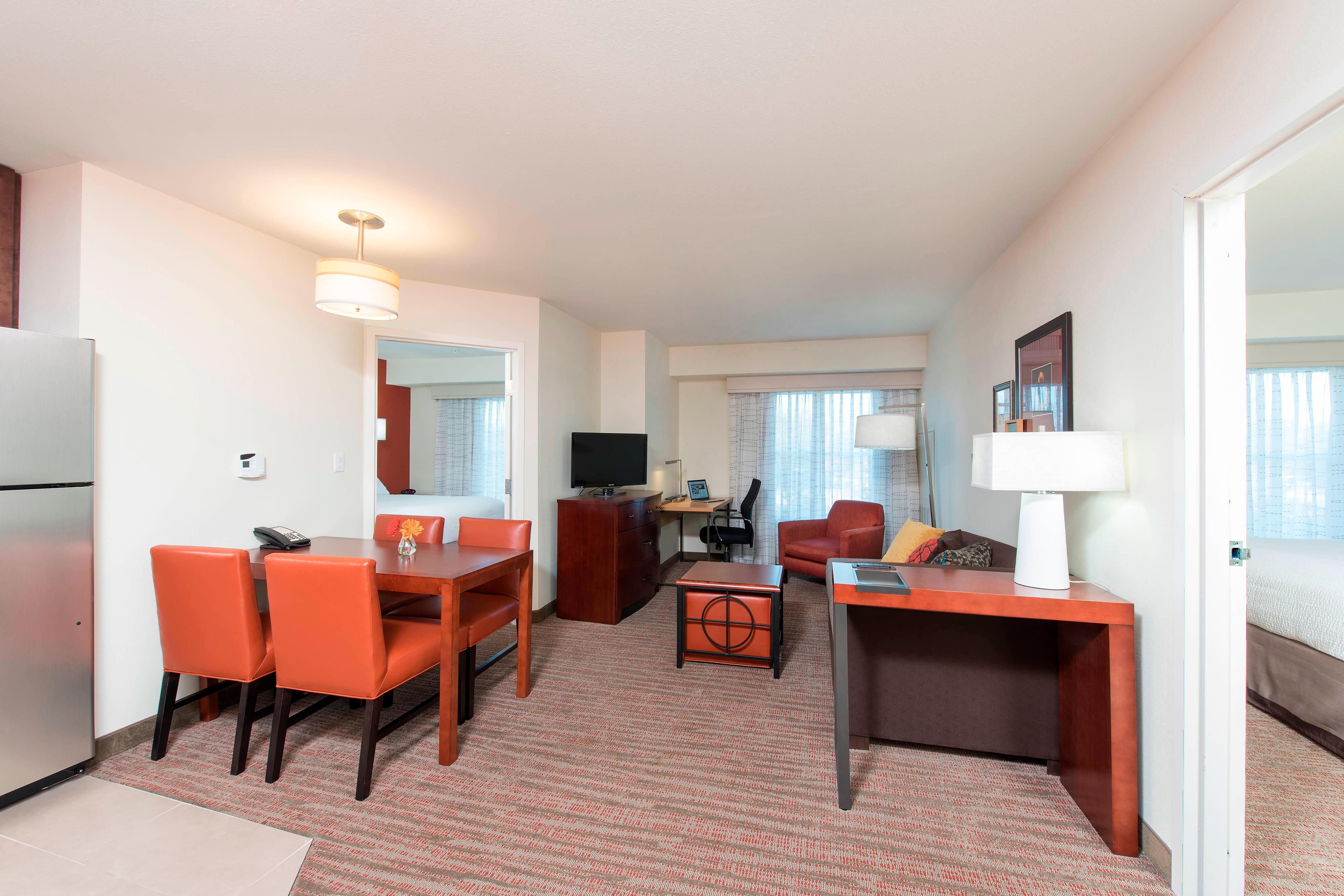 Two-Bedroom Suite - Residence Inn Austin-University Area
