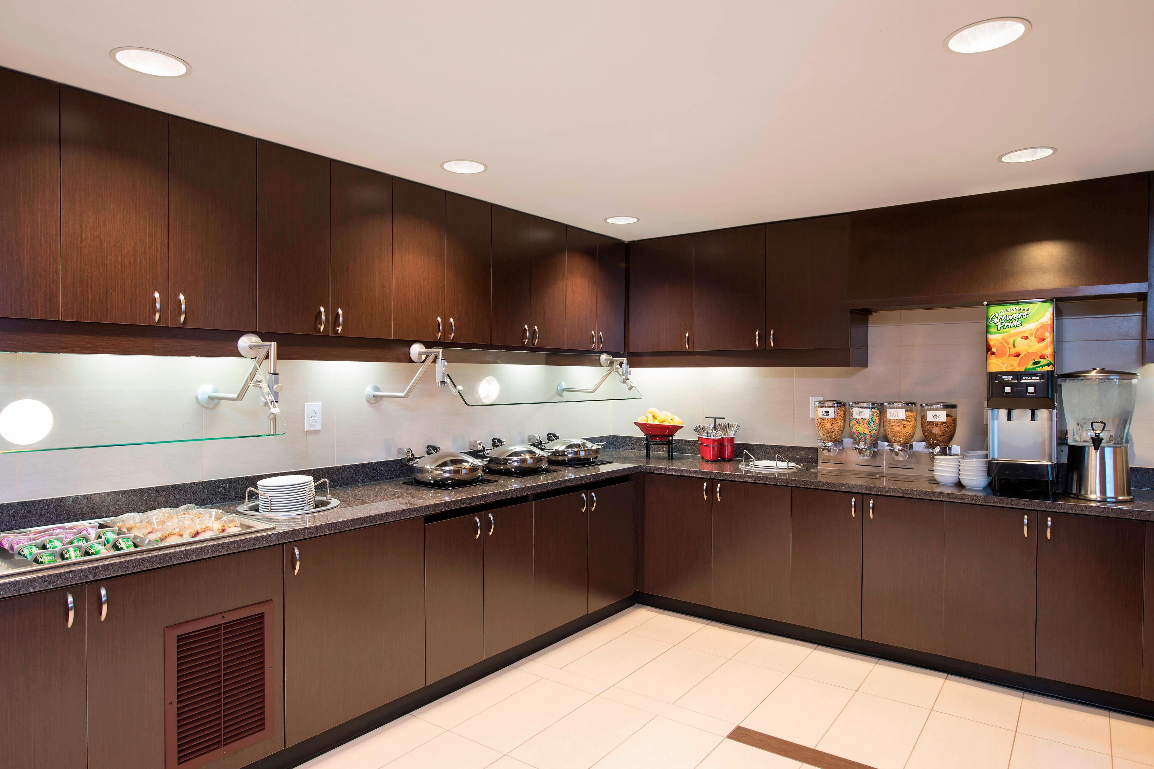 Breakfast Buffet - Residence Inn Austin-University Area