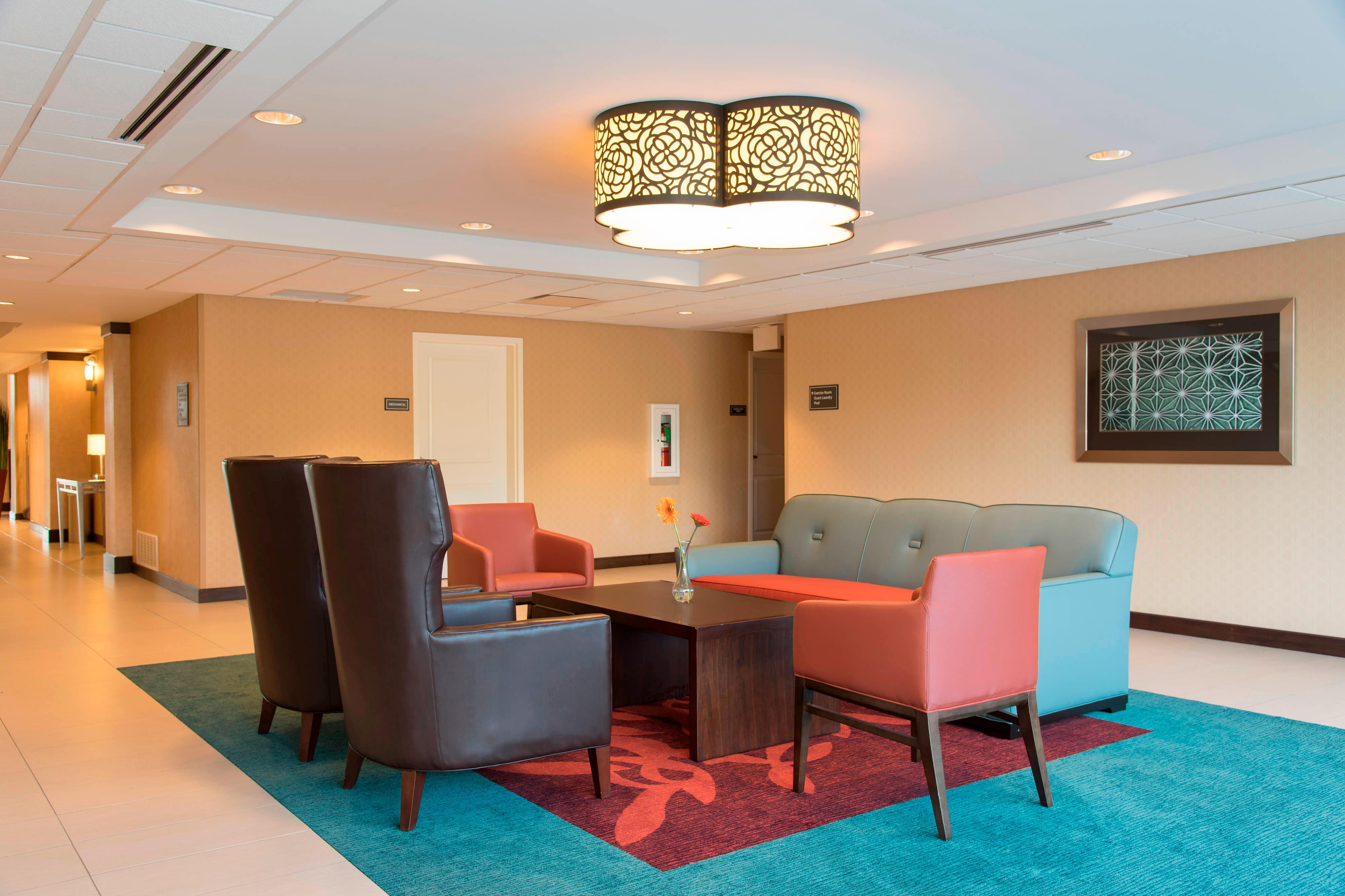 Lobby Seating Area - Residence Inn Austin-University Area